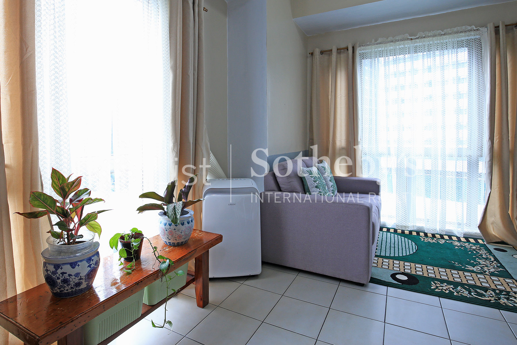 Additional photo for property listing at 1 Bedroom in Burgos Circle  Taguig City, Philippines 1634 Philippines