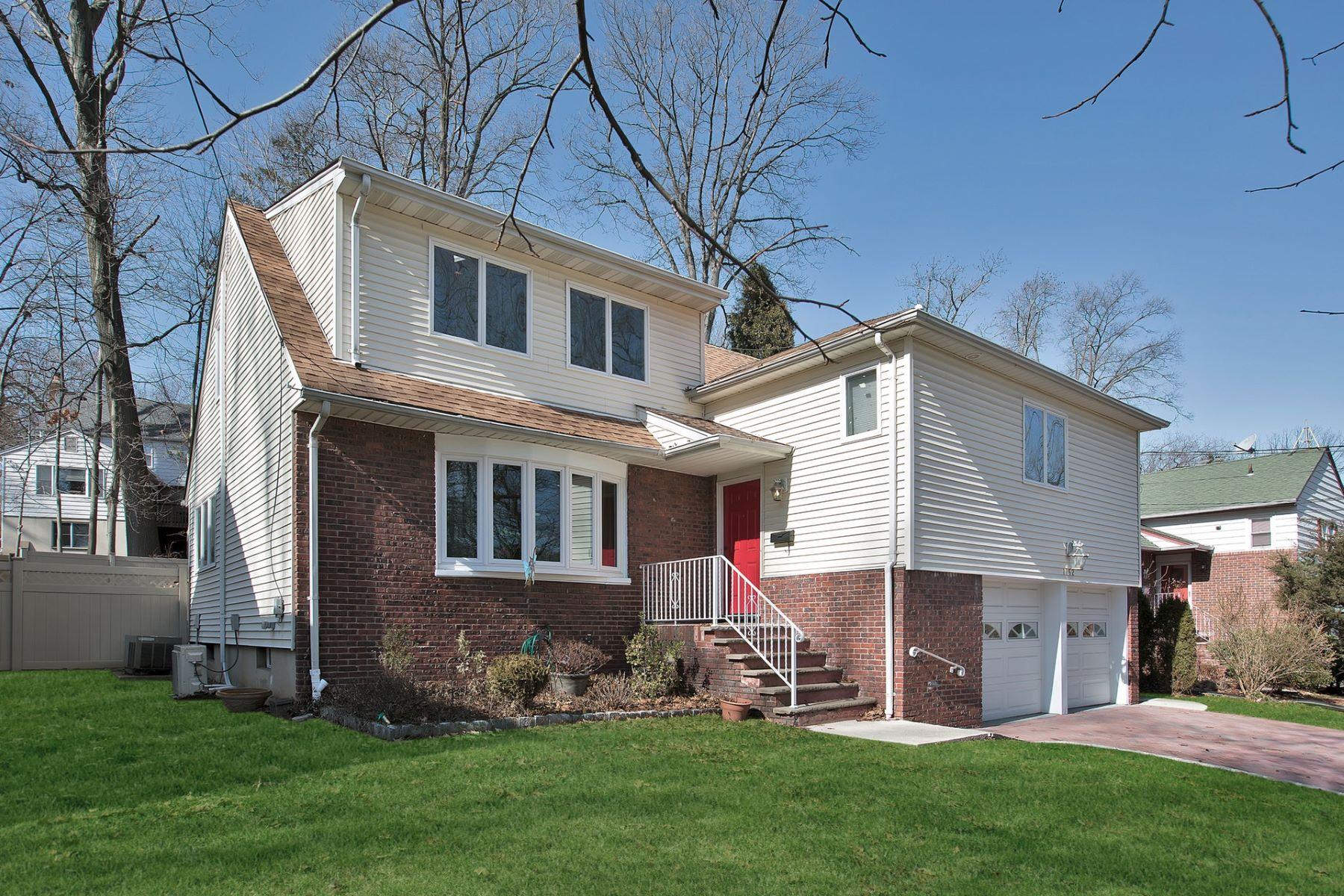 Eensgezinswoning voor Verkoop een t Beautiful Home 1152 Windsor Road Teaneck, New Jersey 07666 Verenigde Staten