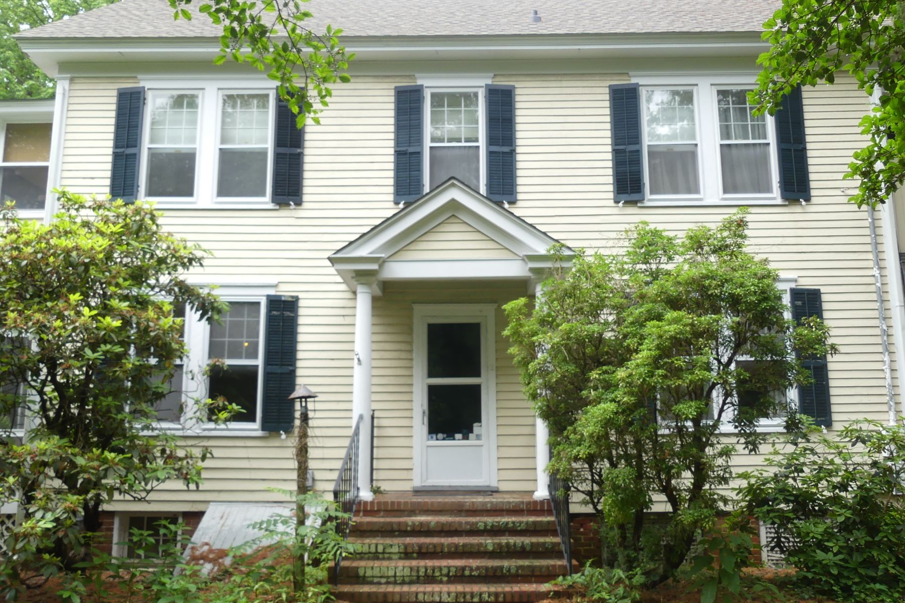 Single Family Homes pour l Vente à Historic Two Story 2370 Route 9, Ocean View, New Jersey 08230 États-Unis