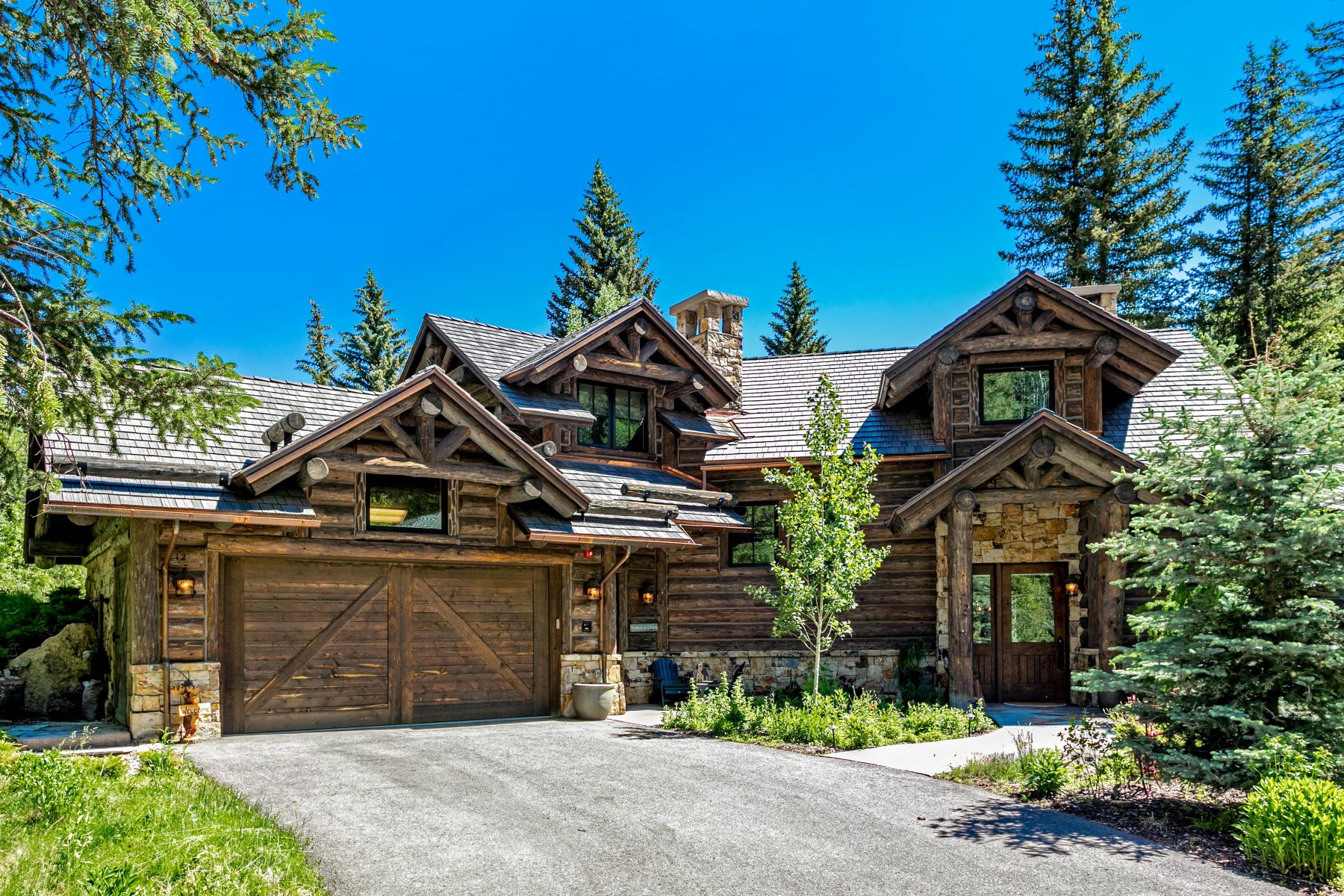 Single Family Homes for Sale at The Arrowhead Cabin 12 Cabin Creek Lane Edwards, Colorado 81632 United States