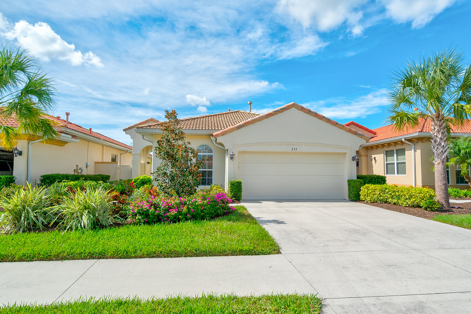 Single Family Homes for Sale at VENETIAN GOLF & RIVER CLUB 233 Mestre Pl North Venice, Florida 34275 United States