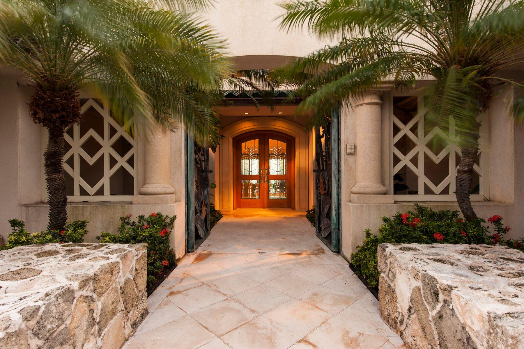 Additional photo for property listing at Grandeur Beachfront Estate 5599 Kalanianaole Highway Honolulu, Hawaii 96821 United States