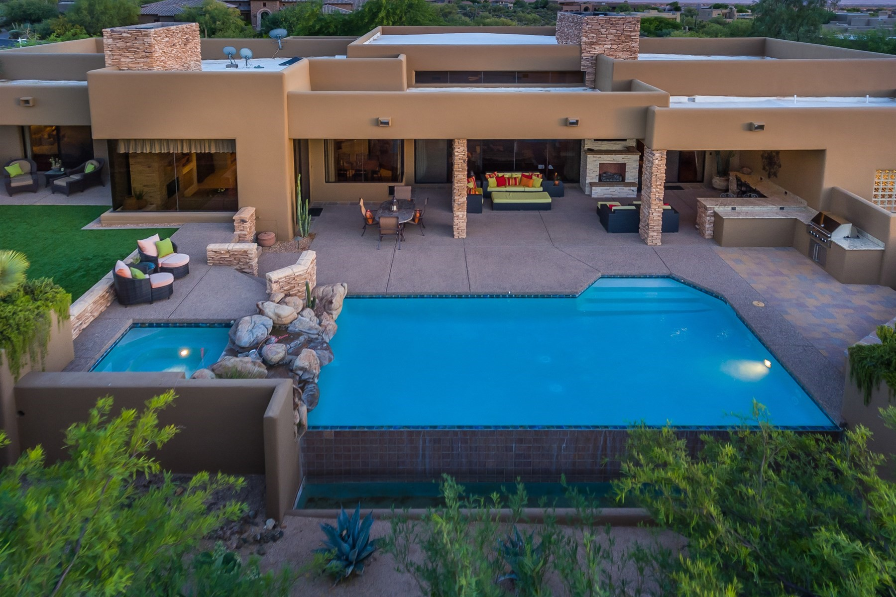 Single Family Home for Sale at Soft Contemporary home in Desert Mountain 10328 E Rising Sun Dr, Scottsdale, Arizona, 85262 United States