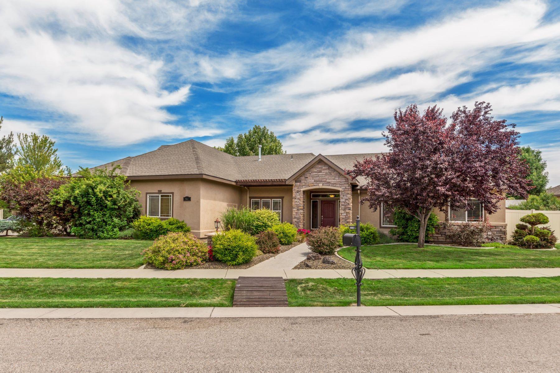 Single Family Homes للـ Sale في 3862 Firenze Way, Meridian 3862 S Firenze Way, Meridian, Idaho 83642 United States