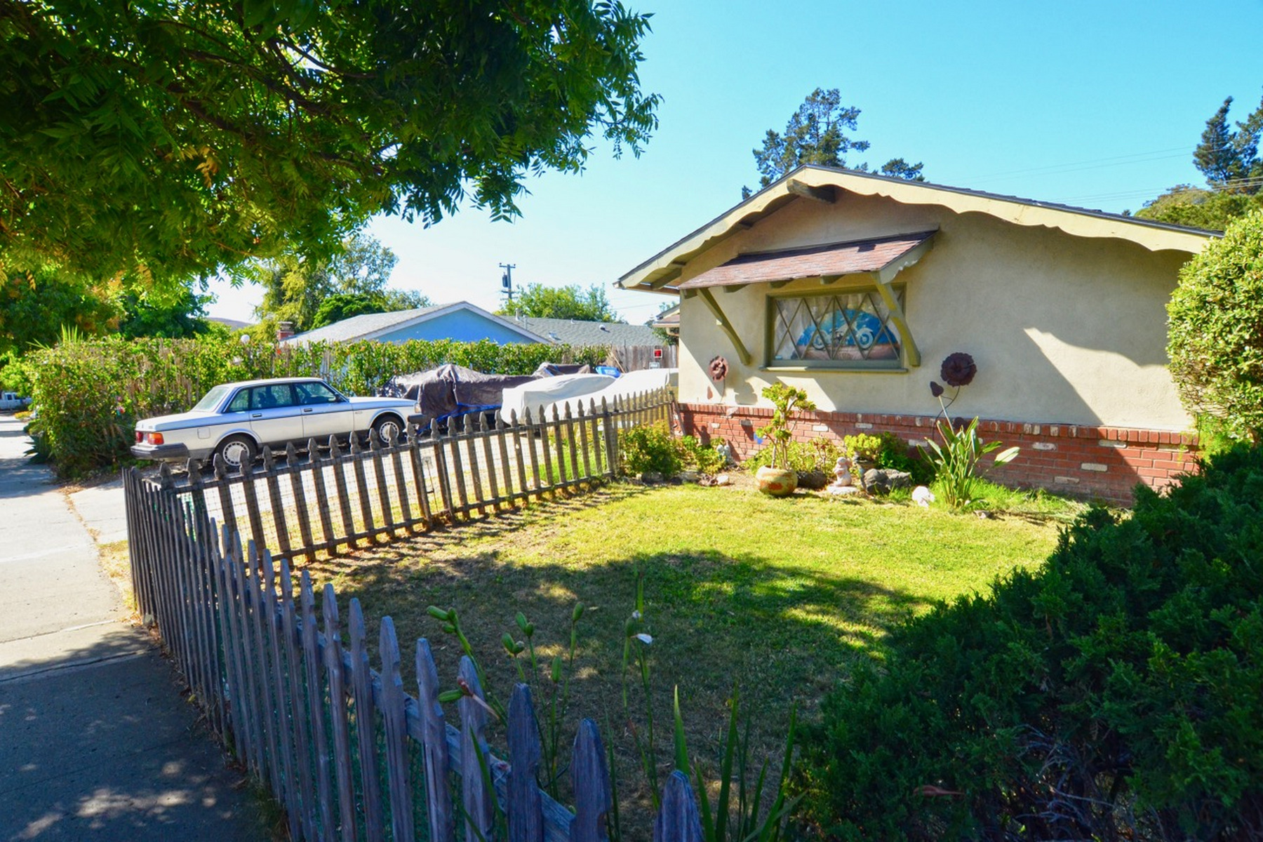 Single Family Homes for Sale at Great Location in the Southwood Subdivision 1346 Woodside Drive San Luis Obispo, California 93401 United States