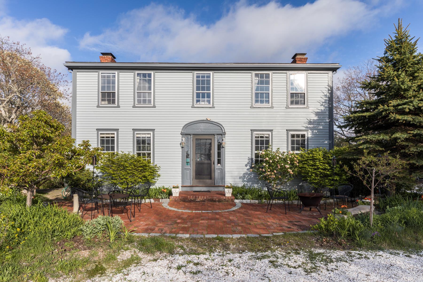 Single Family Homes για την Πώληση στο Antique jewel 24 Old County Road, North Truro, Μασαχουσετη 02666 Ηνωμένες Πολιτείες
