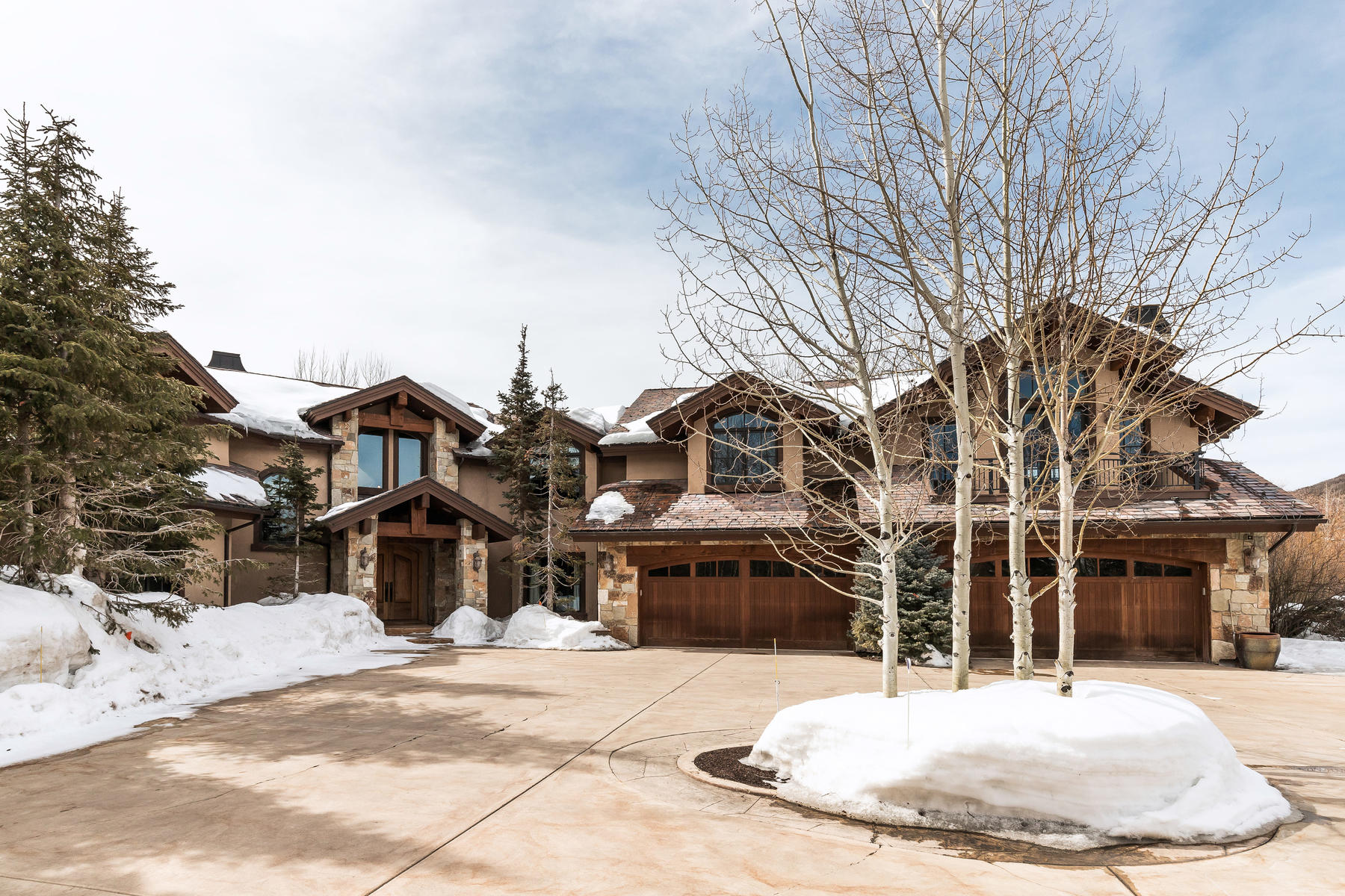 Additional photo for property listing at 7 Acre Gated Equestrian Estate in Park Meadows 2750 Meadow Creek Drive Park City, Utah 84060 Estados Unidos