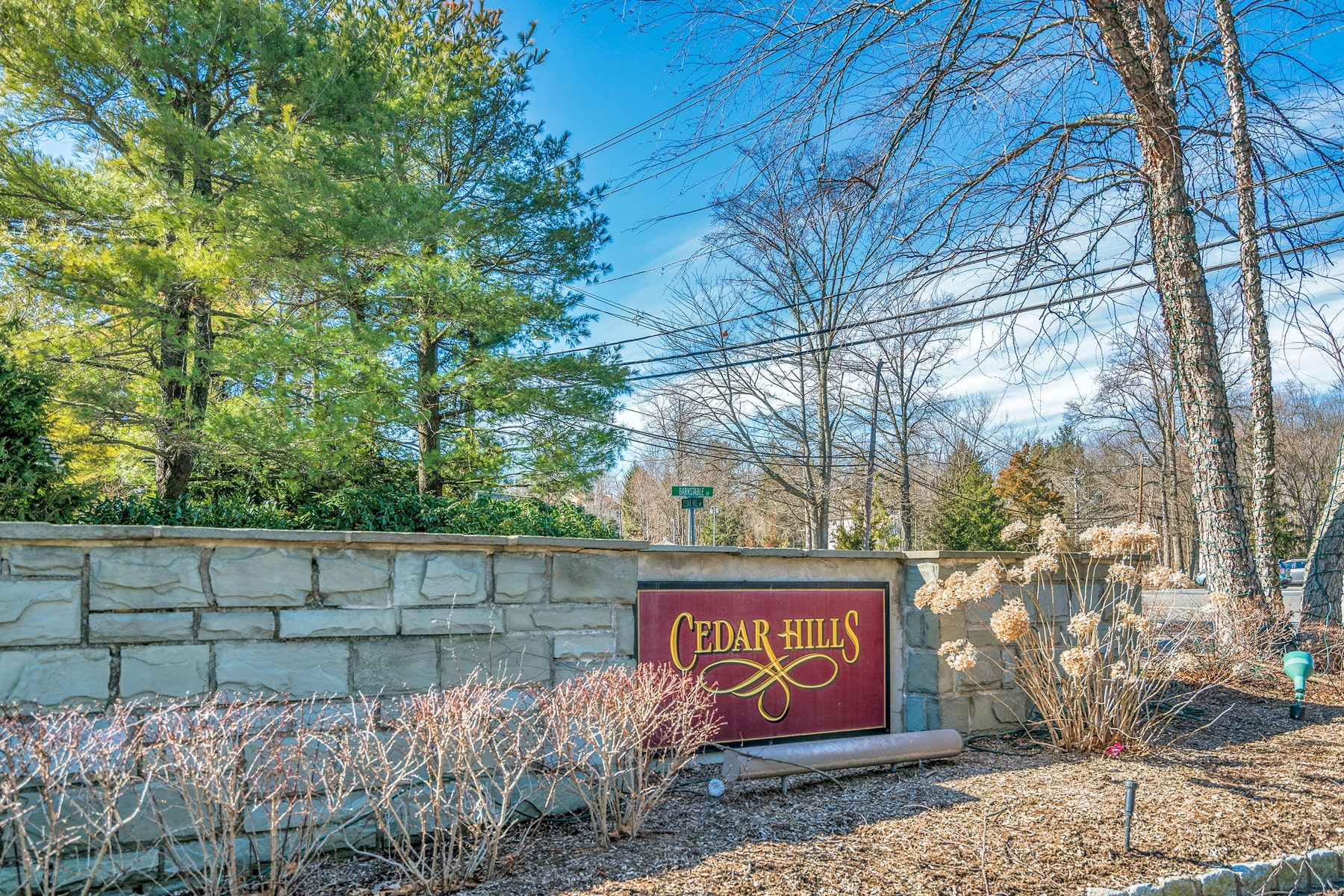 townhouses for Sale at Cedar Hill Turnkey Townhome 274 Barnsable Court Wyckoff, New Jersey 07481 United States