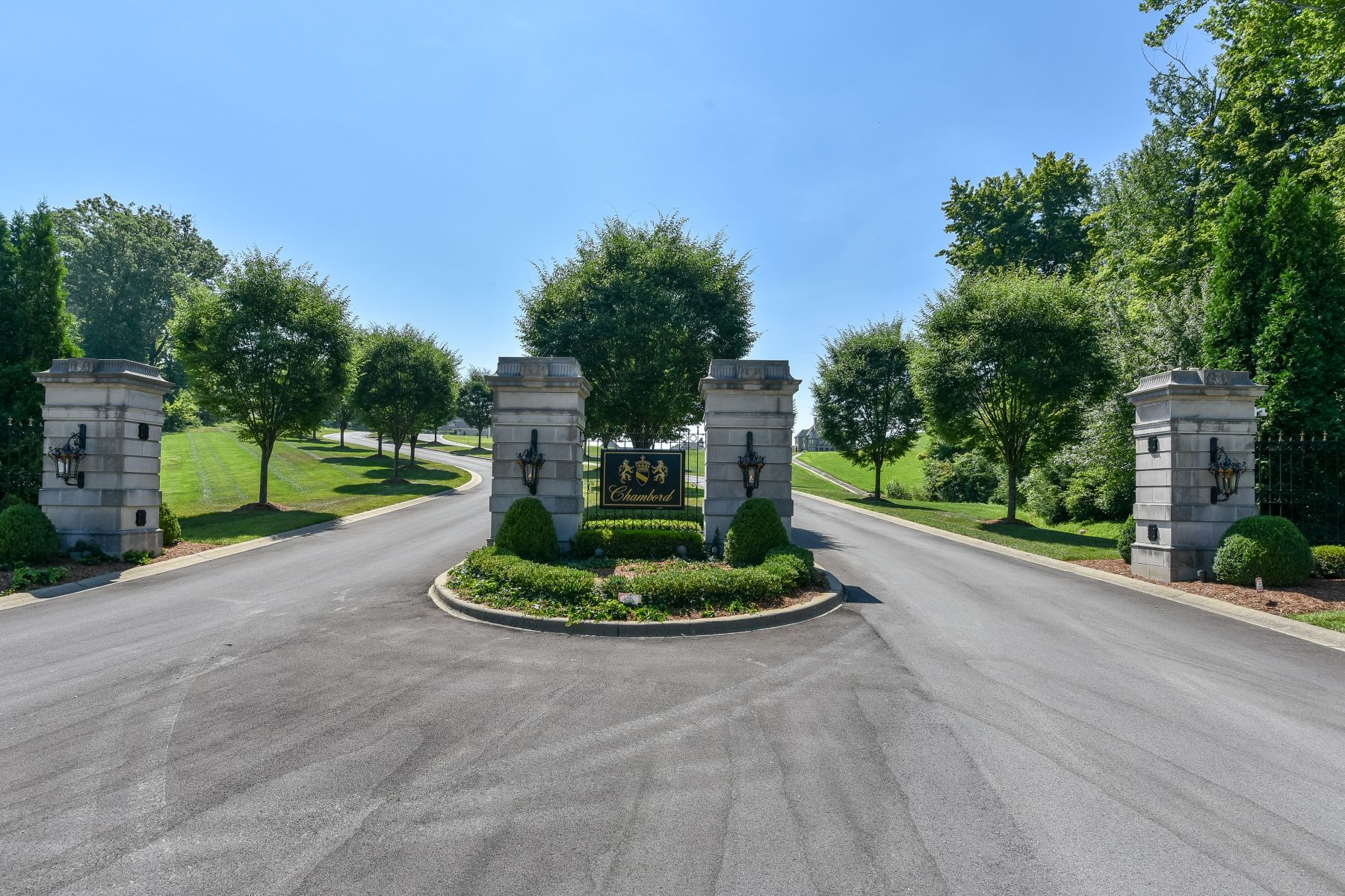 Land for Active at lot 5 Cote de Chambord 5 Cote de Chambord Floyds Knobs, Indiana 47119 United States
