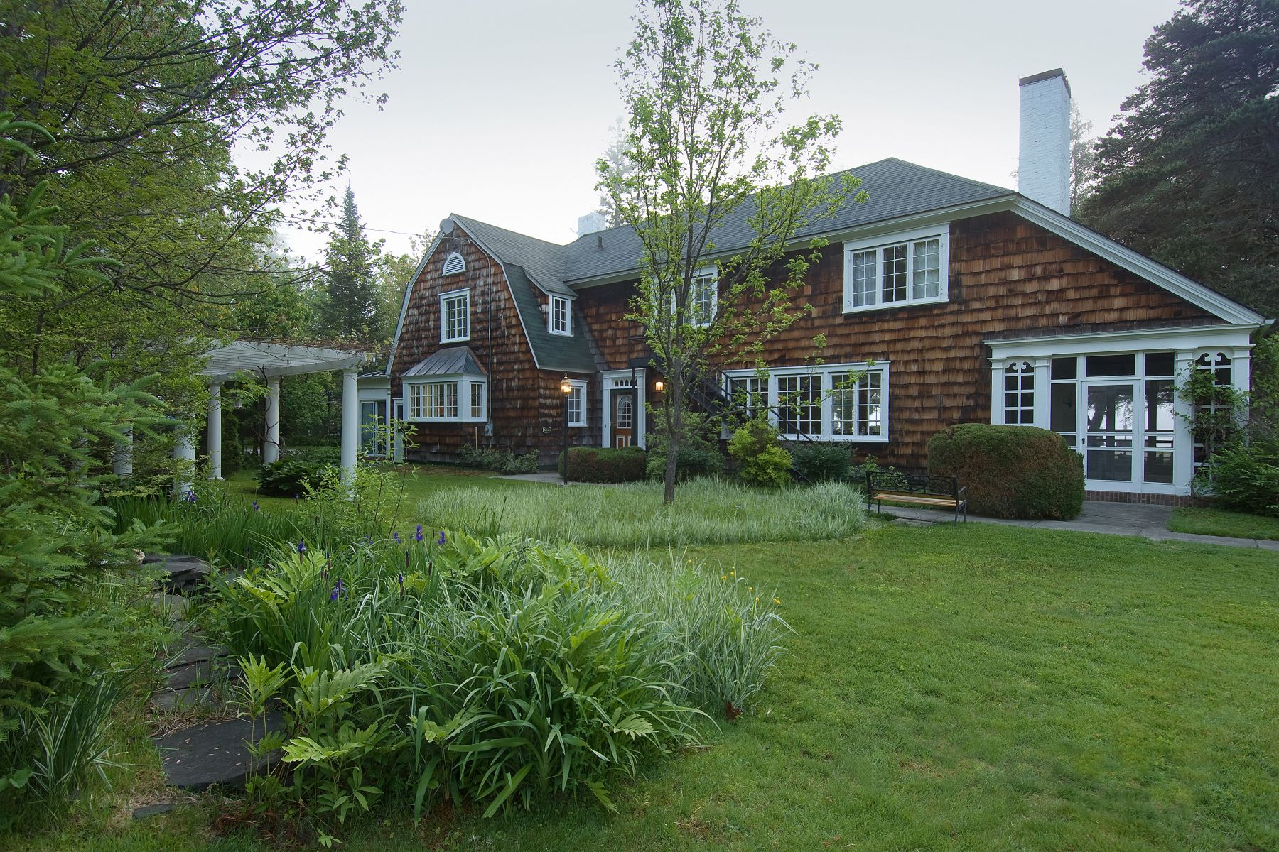 Bed and Breakfast Homes للـ Sale في Madison, Maine 04950 United States