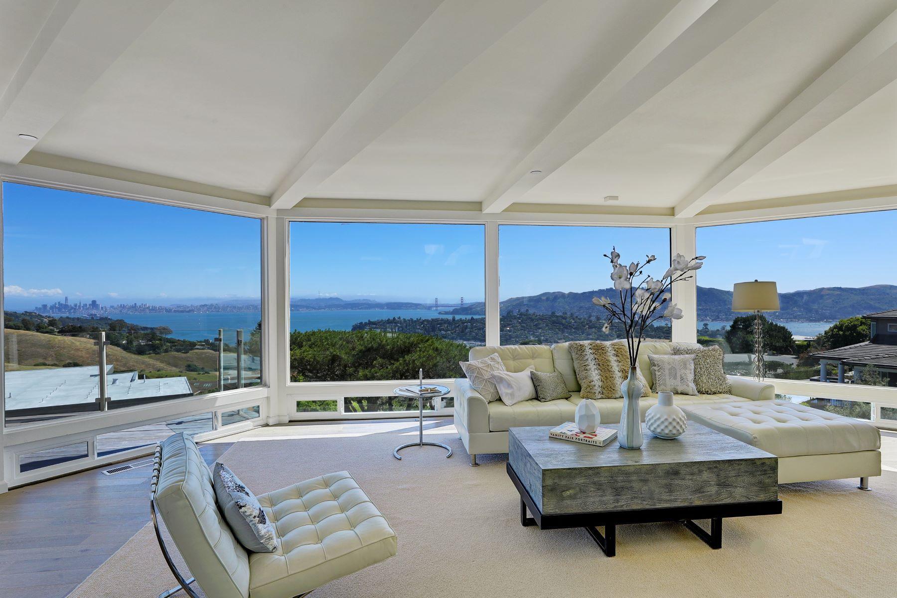 Casa Unifamiliar por un Venta en Expansive, Unobstructed Views! 2 Heathcliff Dr Tiburon, California, 94920 Estados Unidos