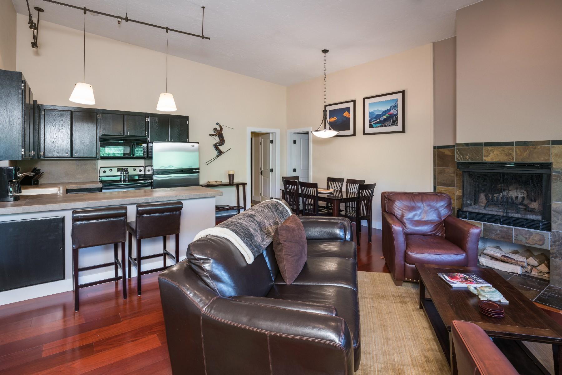 Condominio por un Venta en Move-In Ready Ketchum Condo 351 S 2nd Ave #612 Ketchum, Idaho, 83340 Estados Unidos