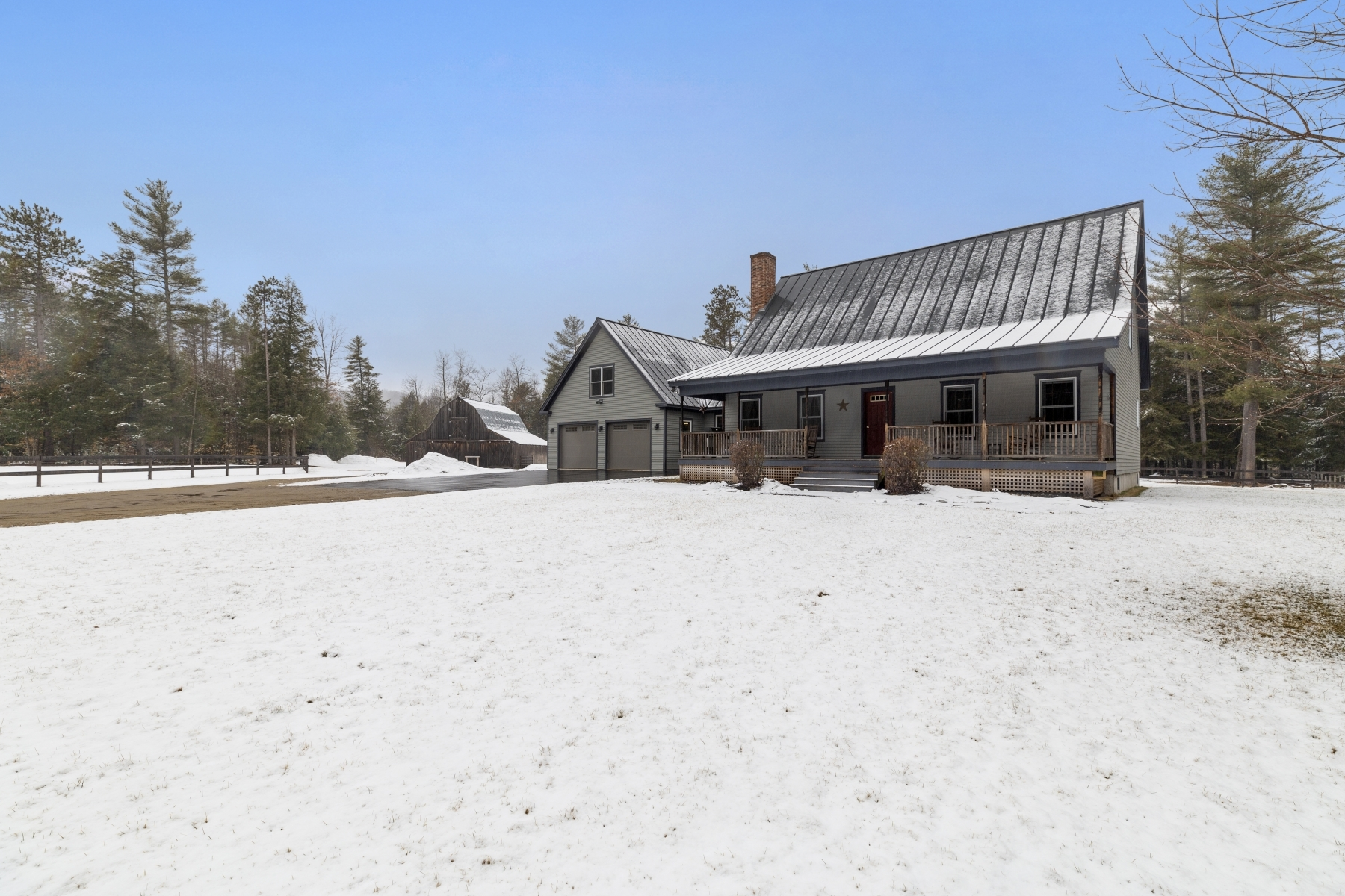 Single Family Homes for Sale at 110 Switch Road Andover, New Hampshire 03216 United States