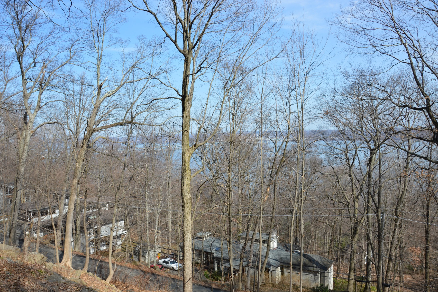 Land for Sale at Majestic Hudson River Views 242 Tweed Blvd. Upper Grandview, New York 10960 United States