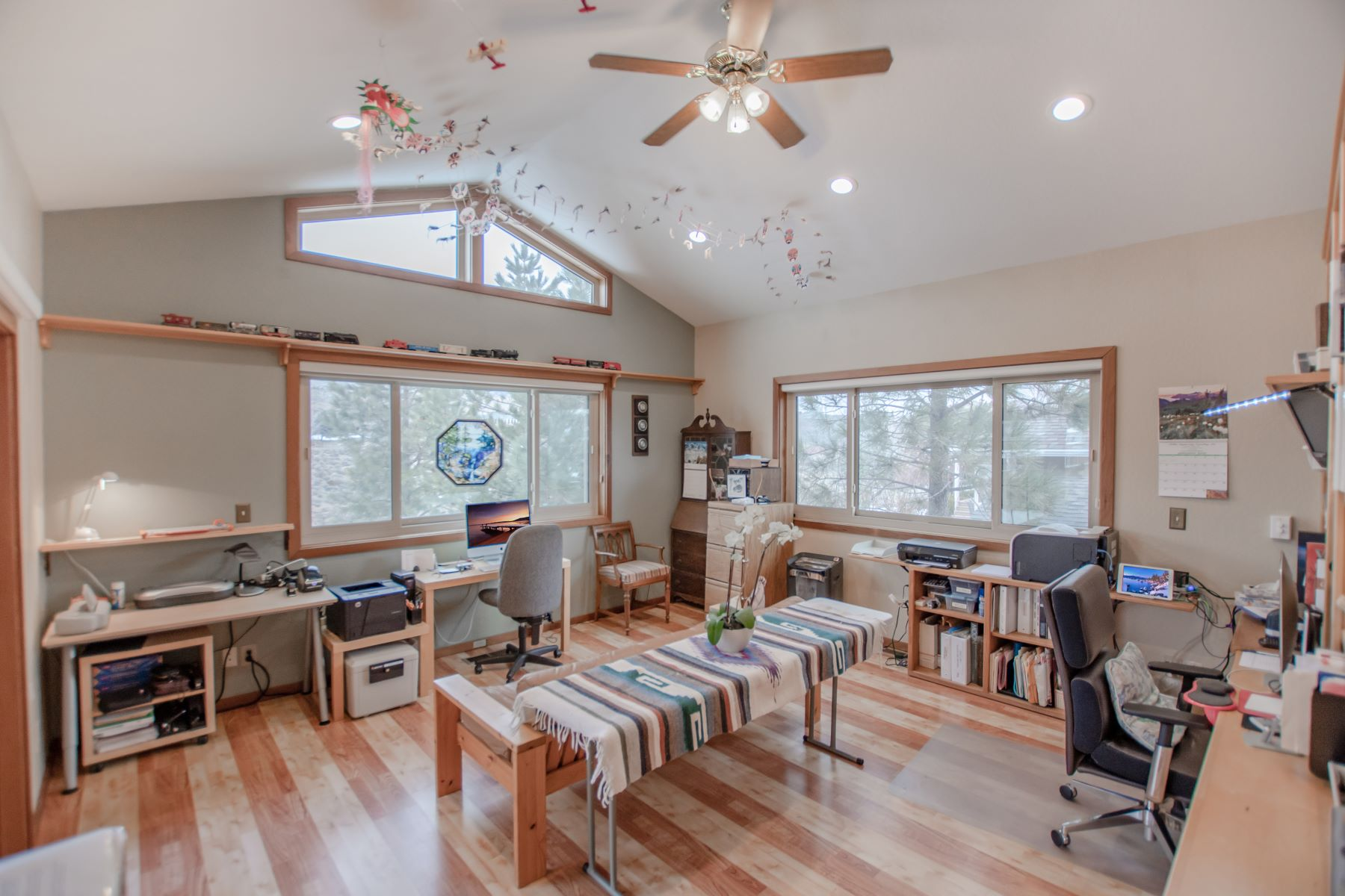 Additional photo for property listing at 295 Mogul Mountain Drive, Reno, Nevada 295 Mogul Mountain Drive Reno, Nevada 89523 United States