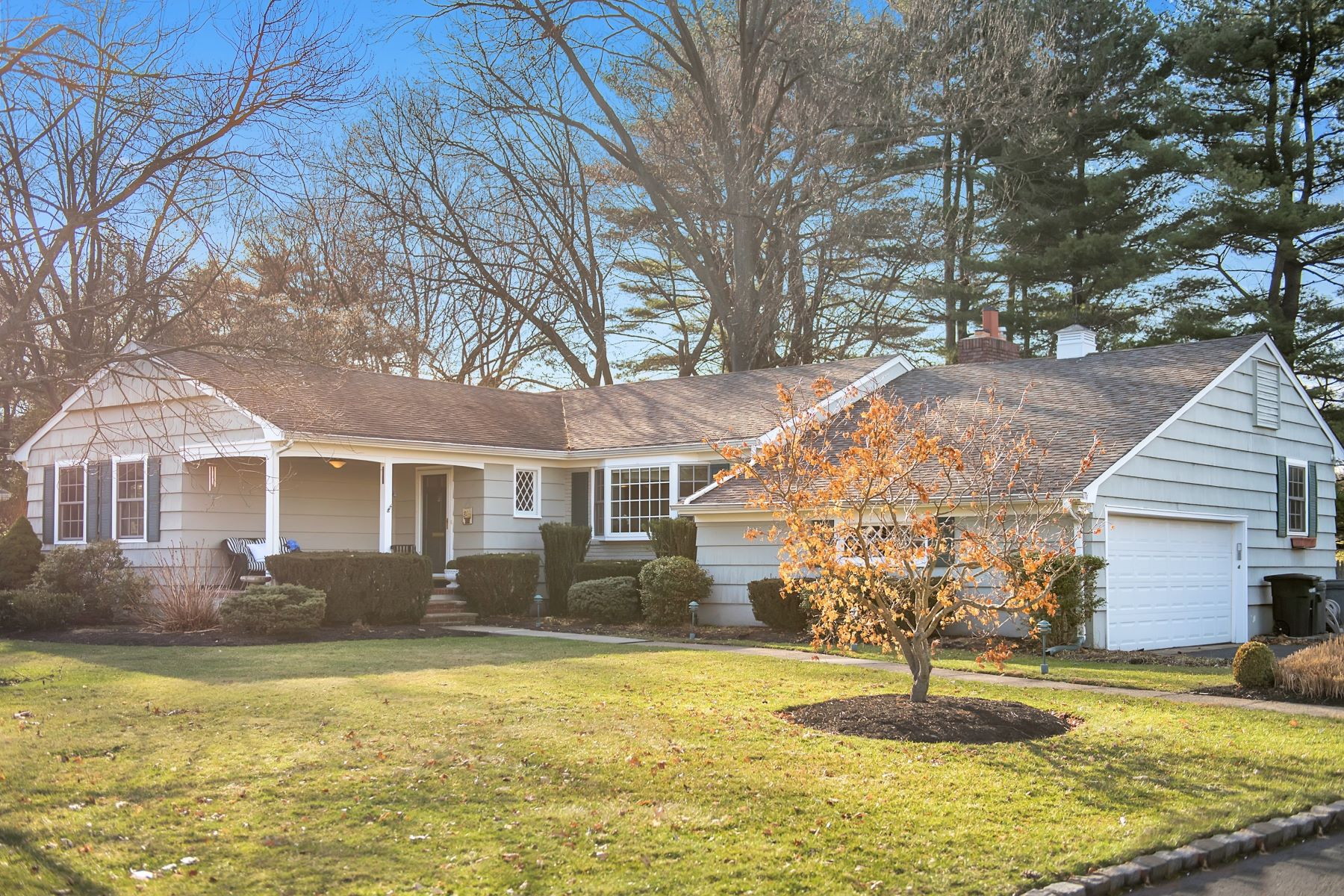 Single Family Home for Sale at This home offers a wonderful opportunity to move into a prime location 213 Golf Edge, Westfield, New Jersey, 07090 United States