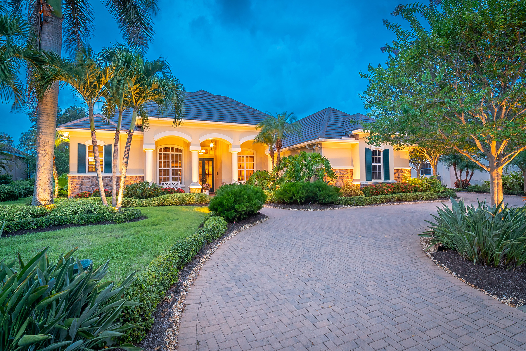Single Family Homes for Sale at BOCA ROYALE 47 Grande Fairway Englewood, Florida 34223 United States