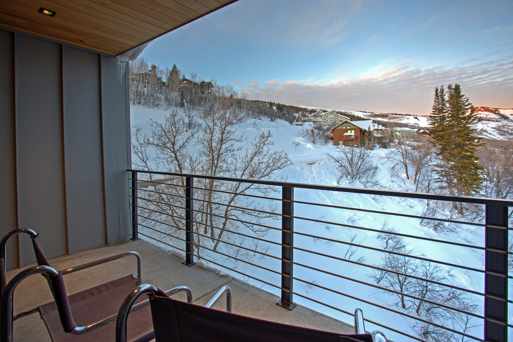 Additional photo for property listing at That (Modern) House on Rossie Hill 575 Rossie Hill Dr # 11 Park City, Utah 84060 United States