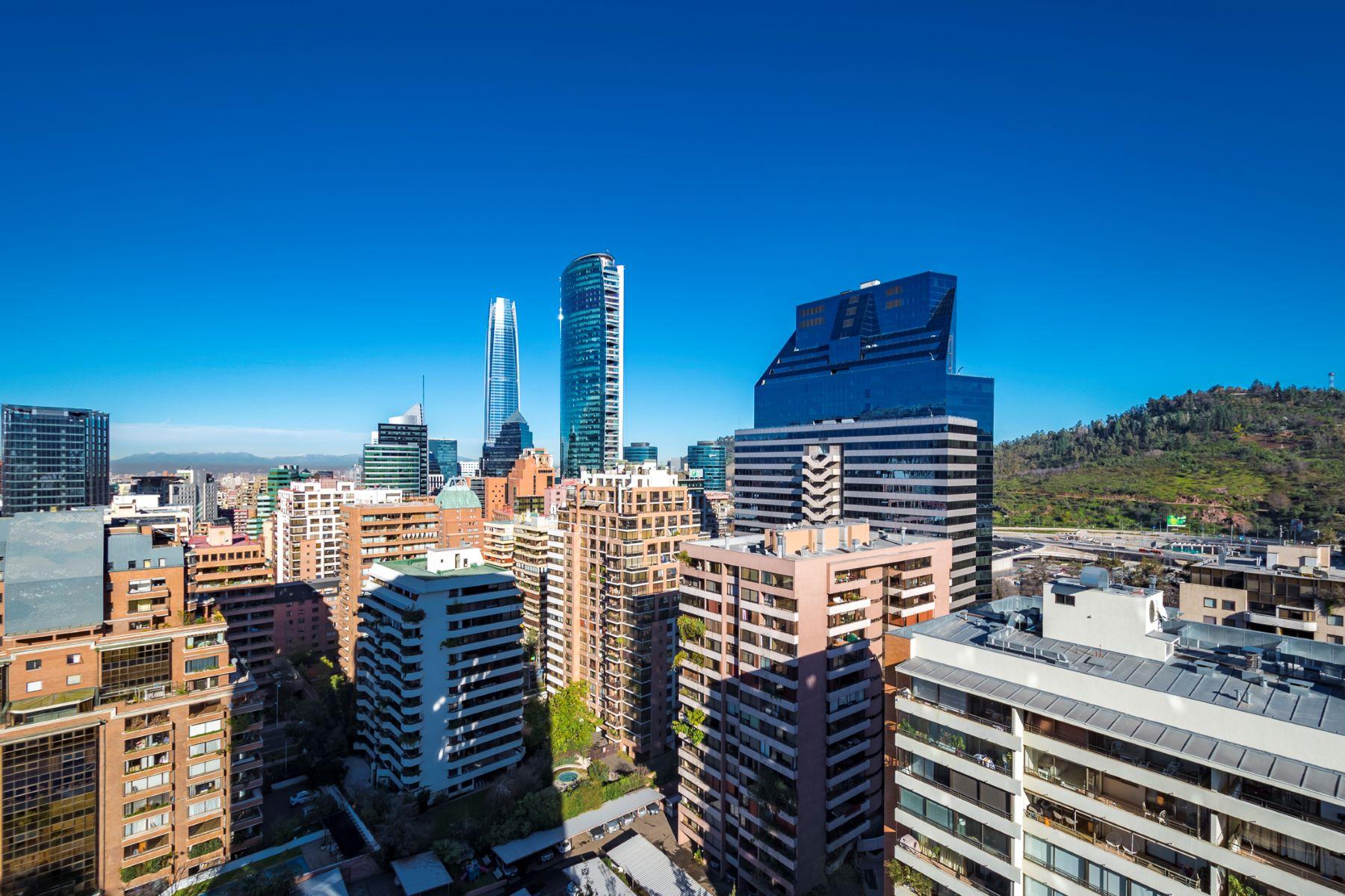 Apartamento por un Venta en Exclusivo Departamento en Torre de Lujo Junto a Club de Golf Santiago, Region Metropolitana De Santiago, Chile