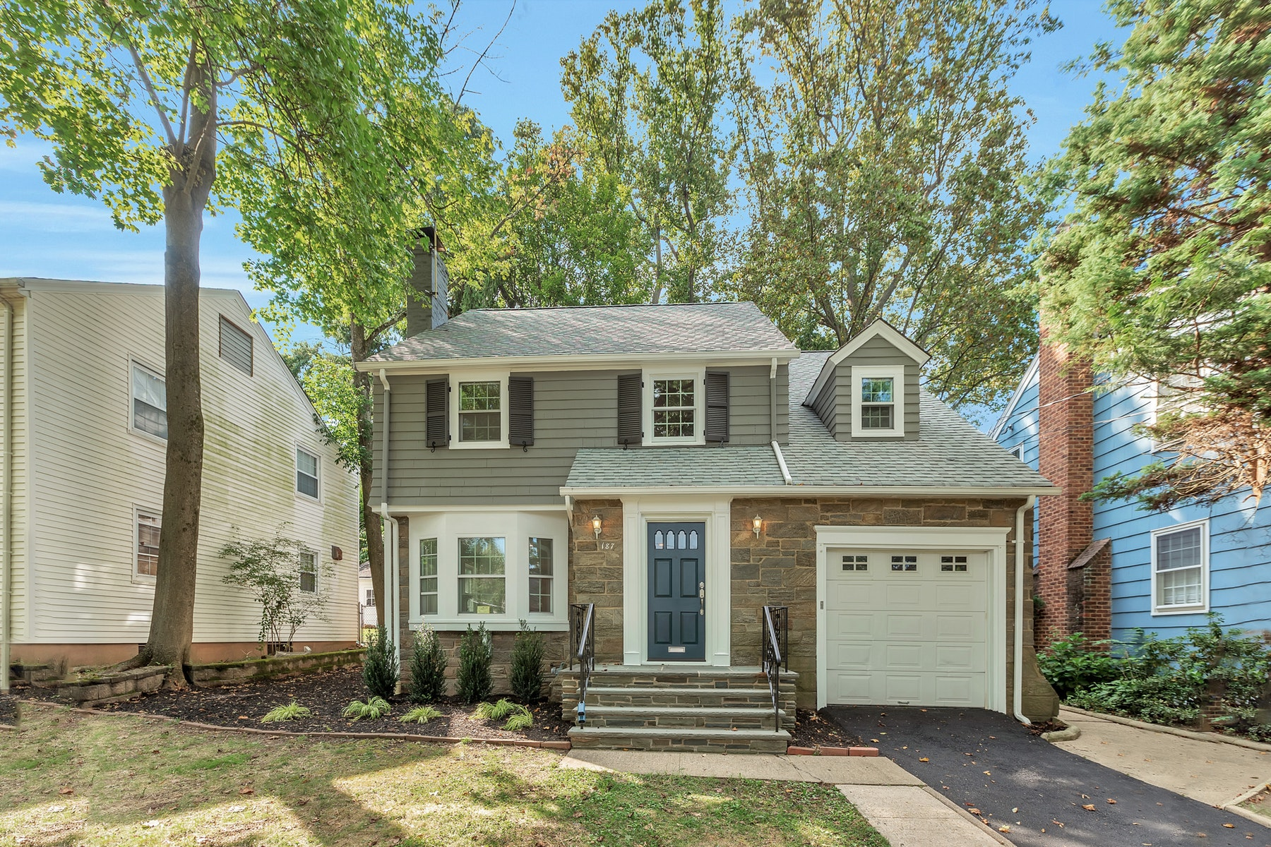 Single Family Homes for Sale at Fully Renovated Colonial 187 Gregory Avenue West Orange, New Jersey 07052 United States