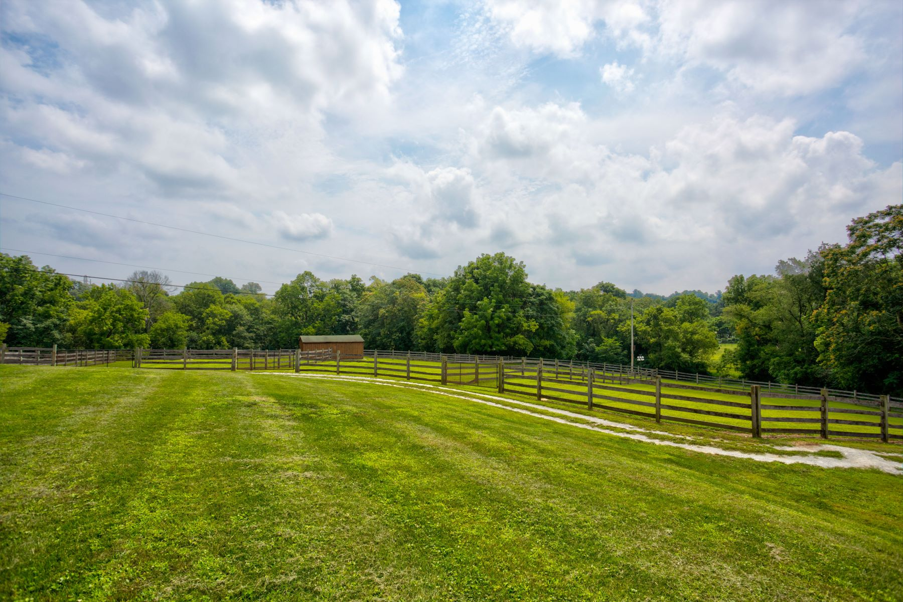Additional photo for property listing at Horse Farm, Millersville 0 Road 米勒斯维尔, 宾夕法尼亚州 17551 美国
