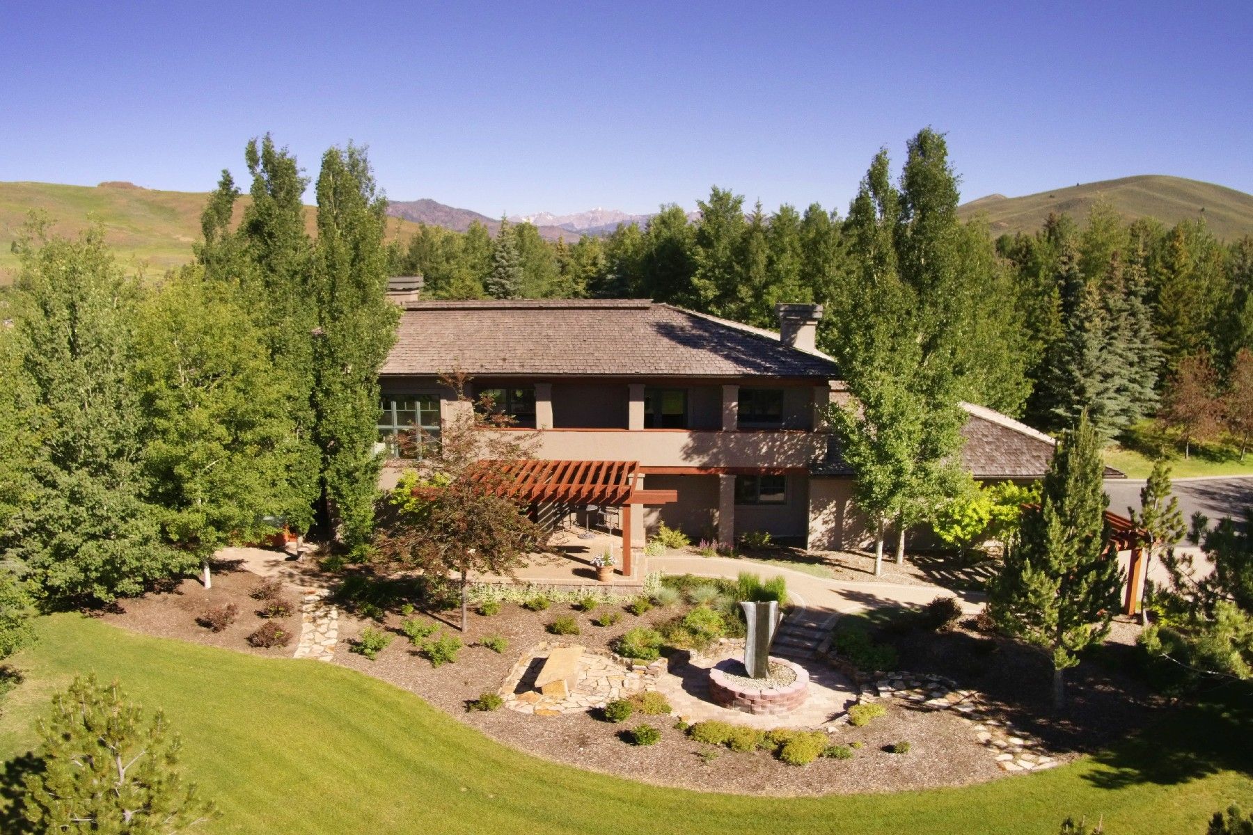 Single Family Home for Active at Mountain Contemporary 115 Highlands Dr Sun Valley, Idaho 83353 United States