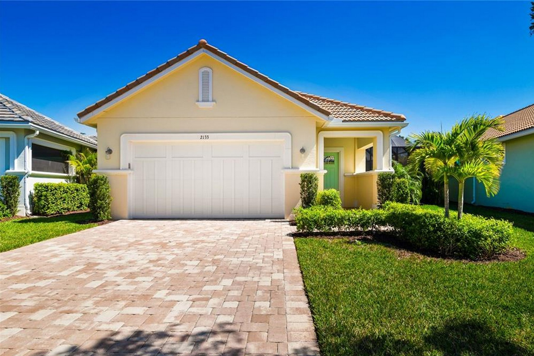 Single Family Homes for Sale at St Lucia Model 2141 Falls Circle Vero Beach, Florida 32967 United States
