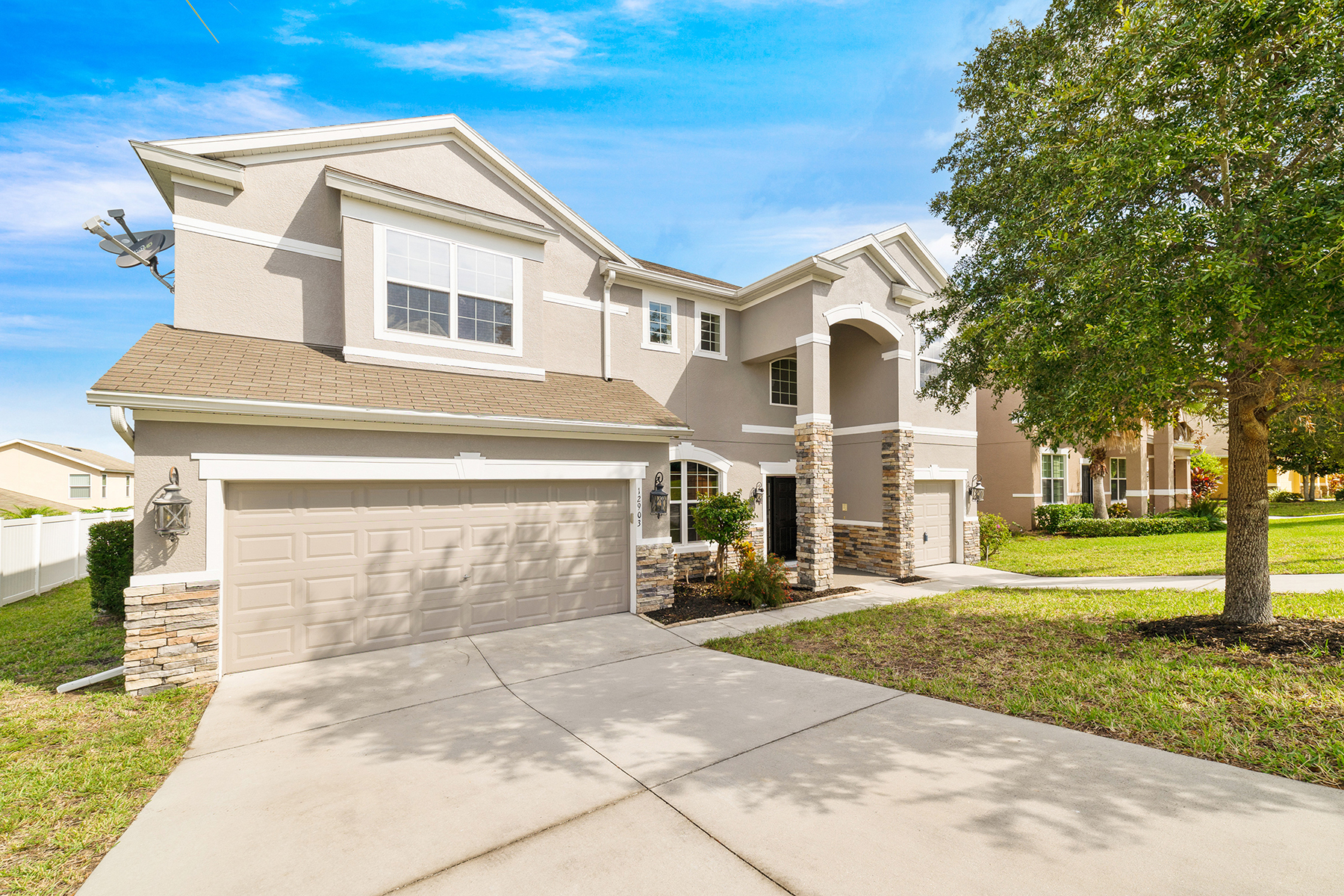 Single Family Homes for Active at CLERMONT 12903 Hyland Ln Clermont, Florida 34711 United States