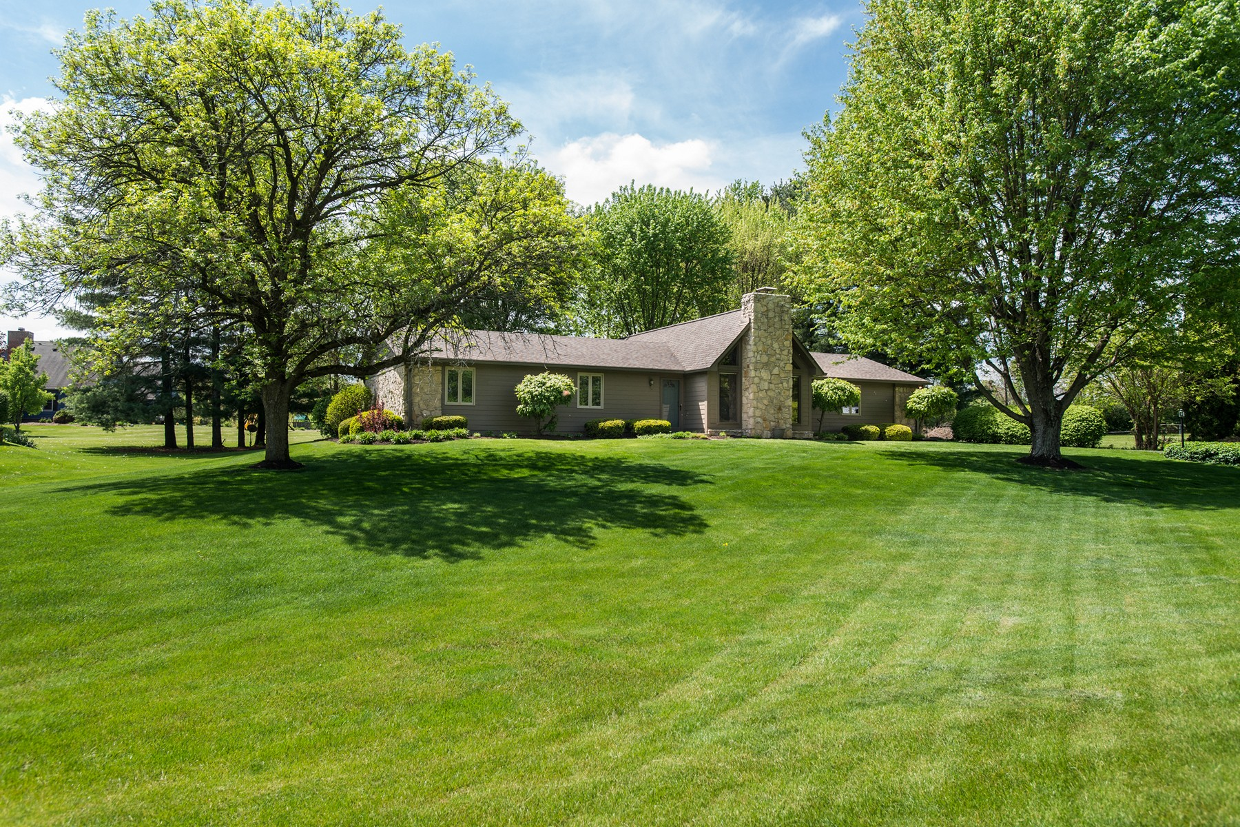 Single Family Home for Sale at Well Anointed Ranch Home in Park-Like Setting 407 Mill Farm Road Noblesville, Indiana 46062 United States