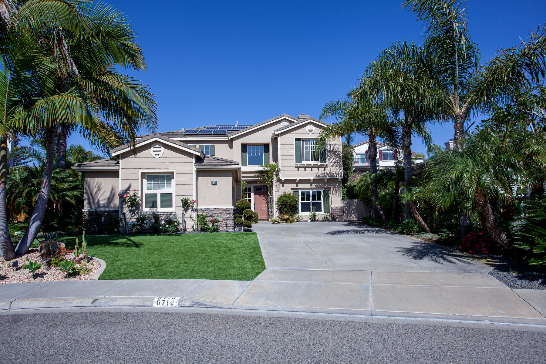 Single Family Homes for Active at 6716 Camphor Place Carlsbad, California 92011 United States