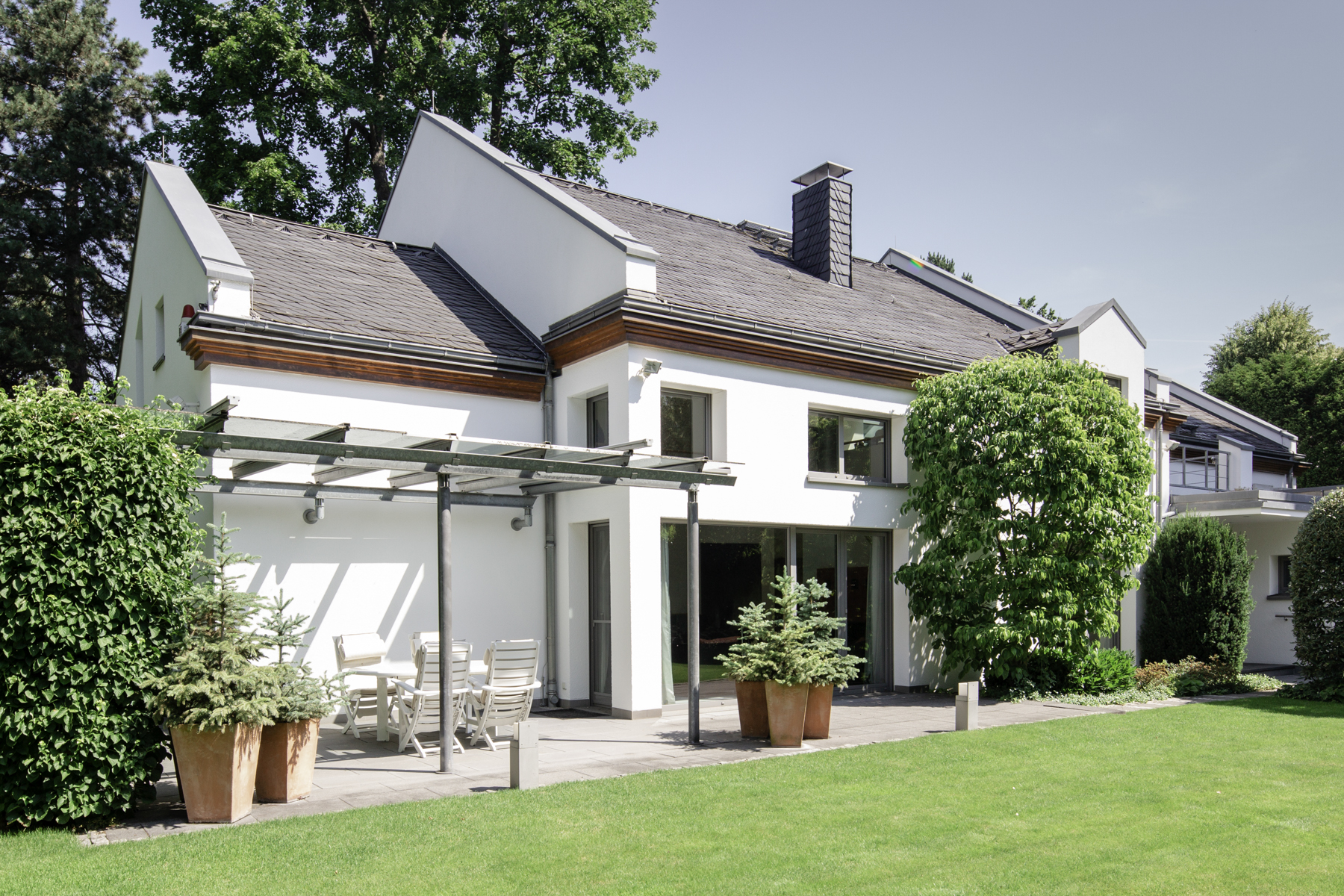 Single Family Homes for Sale at Exclusive living on 557 m² total area Frankfurt, Hessen 60598 Germany