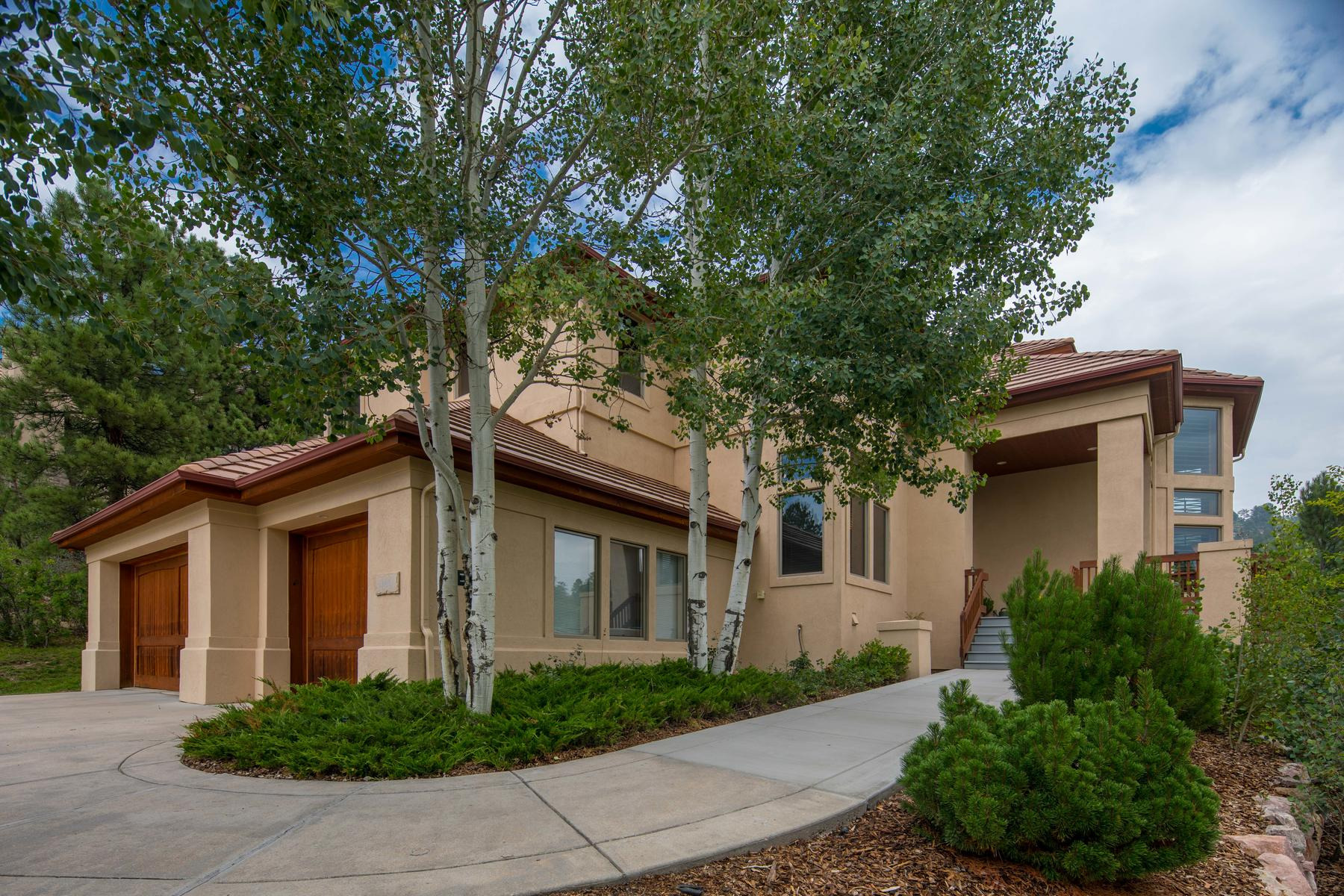 Single Family Home for Active at 946 Country Club Pkwy 946 Country Club Pkwy Castle Rock, Colorado 80108 United States