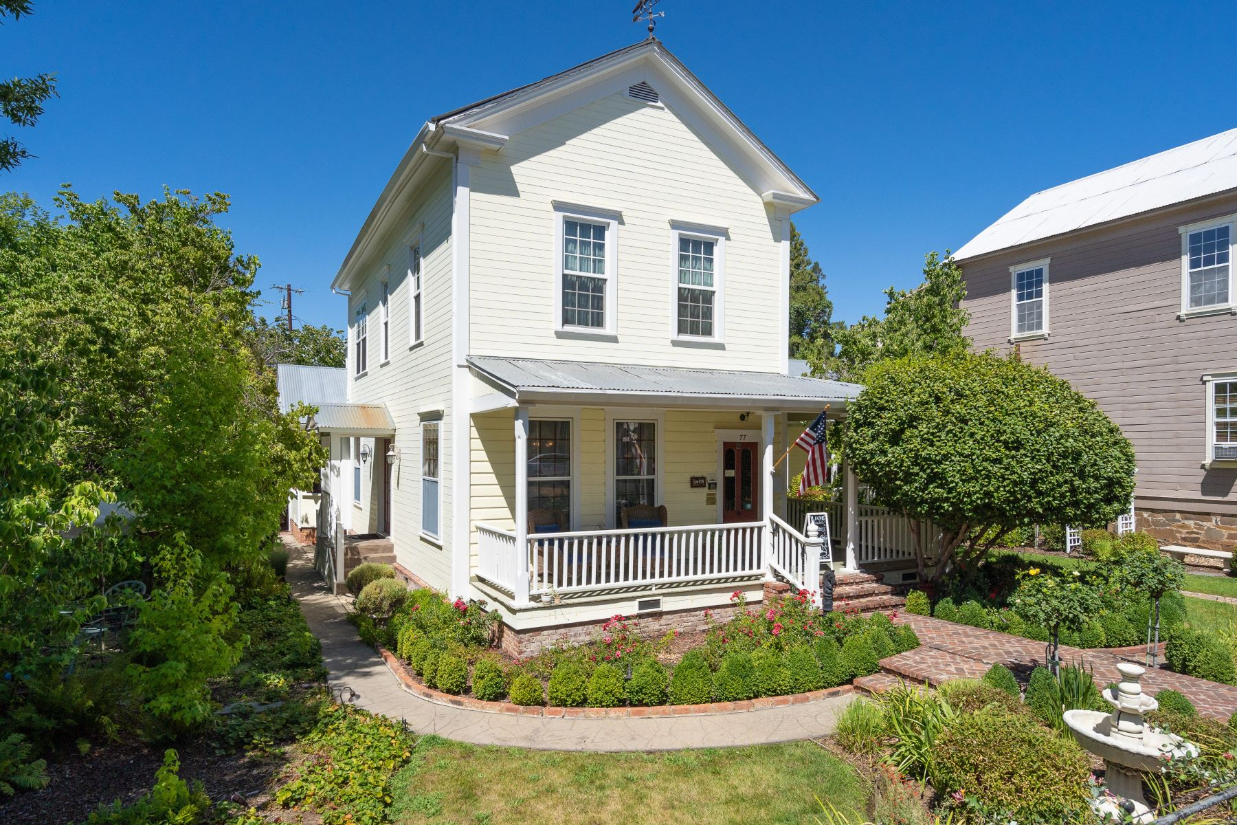 Single Family Homes for Sale at Welcome to the Foxes Inn! 77 Main Street Sutter Creek, California 95685 United States