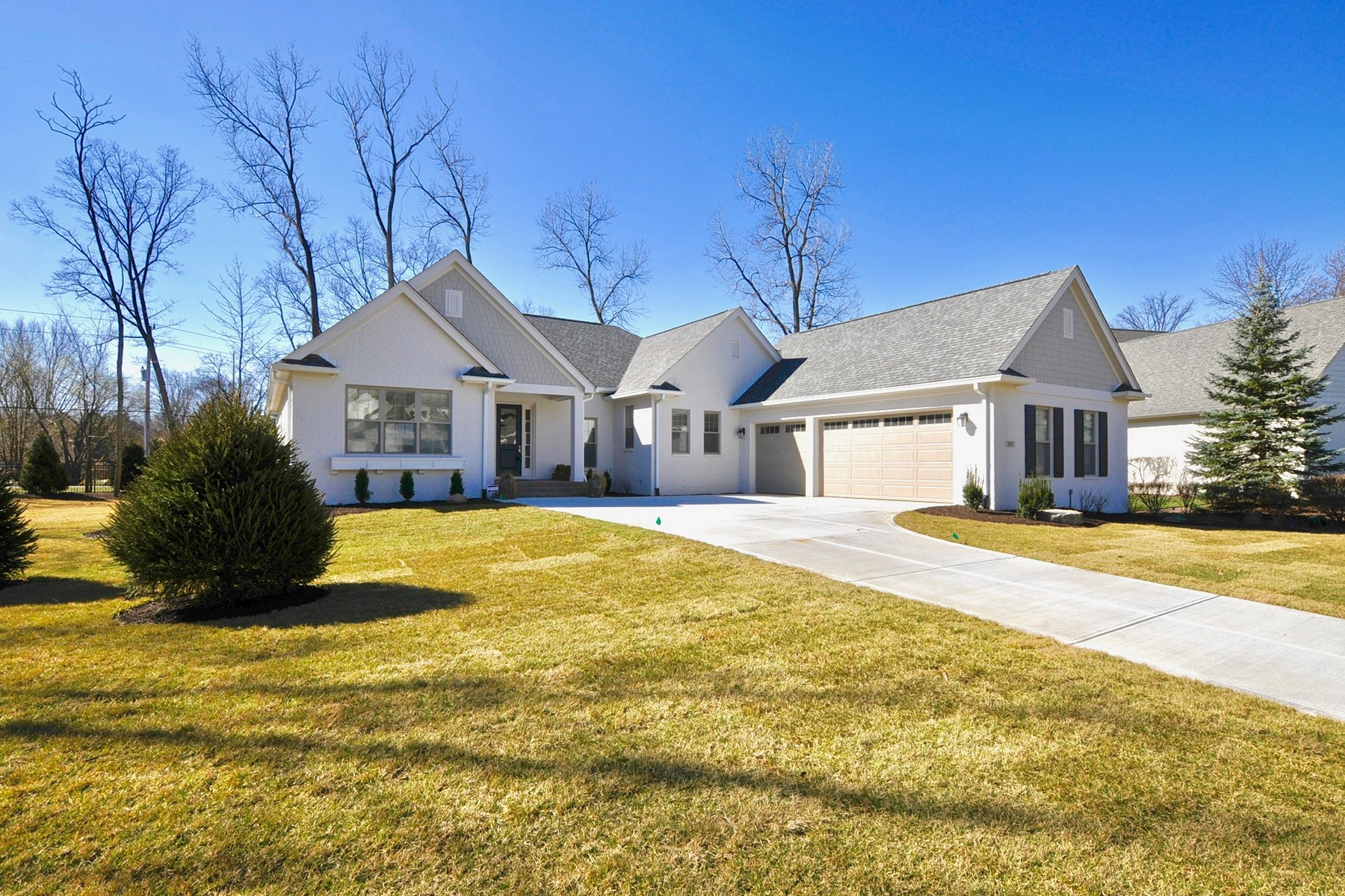 Casa para uma família para Venda às Luxury and Top of the Line Features 207 Willowrun Place Indianapolis, Indiana, 46260 Estados Unidos