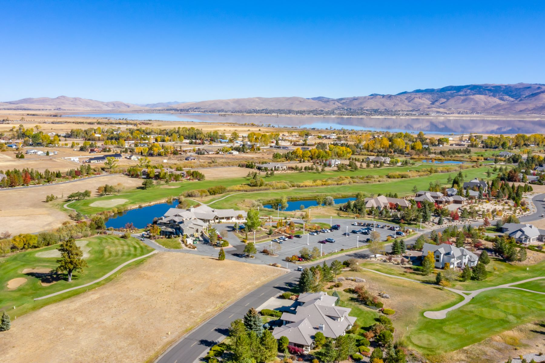 Additional photo for property listing at Custom Home with Mountain Views 2 Black Horse Court Washoe Valley, Nevada 89704 United States