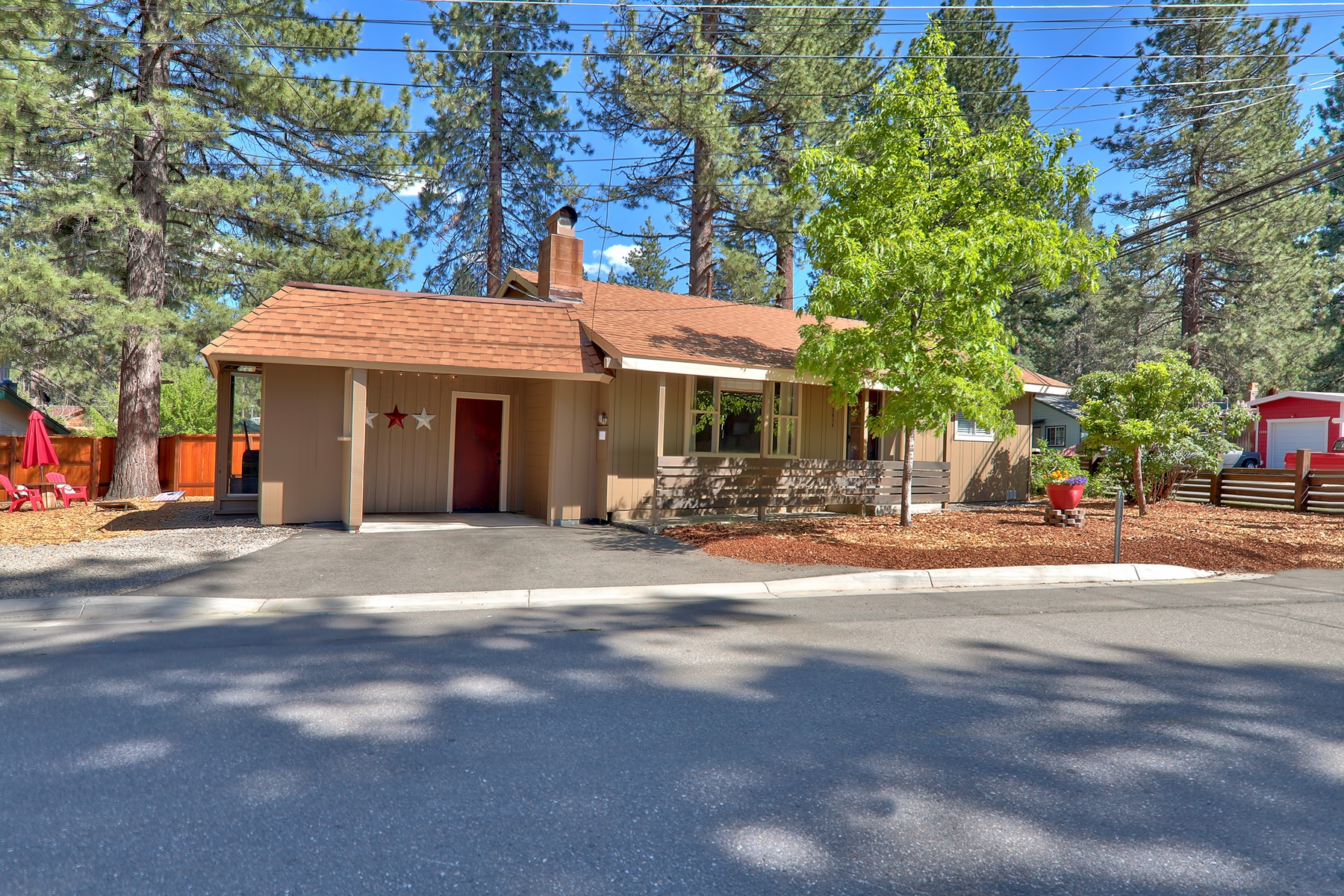 Single Family Homes for Active at 2674 Rose Ave, South Lake Tahoe, CA 96150 2674 Rose Avenue South Lake Tahoe, California 96150 United States