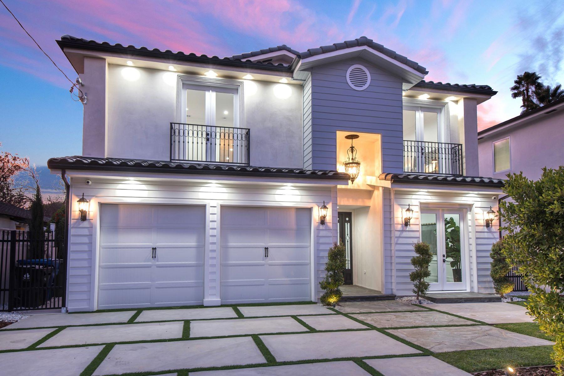 Single Family Homes para Venda às Studio City, Califórnia 91607 Estados Unidos