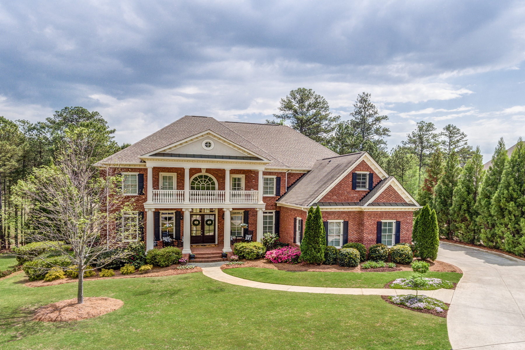 Casa Unifamiliar por un Venta en Luxury Home In Gated Golf Community 4374 Oglethorpe Loop NW Acworth, Georgia, 30101 Estados Unidos