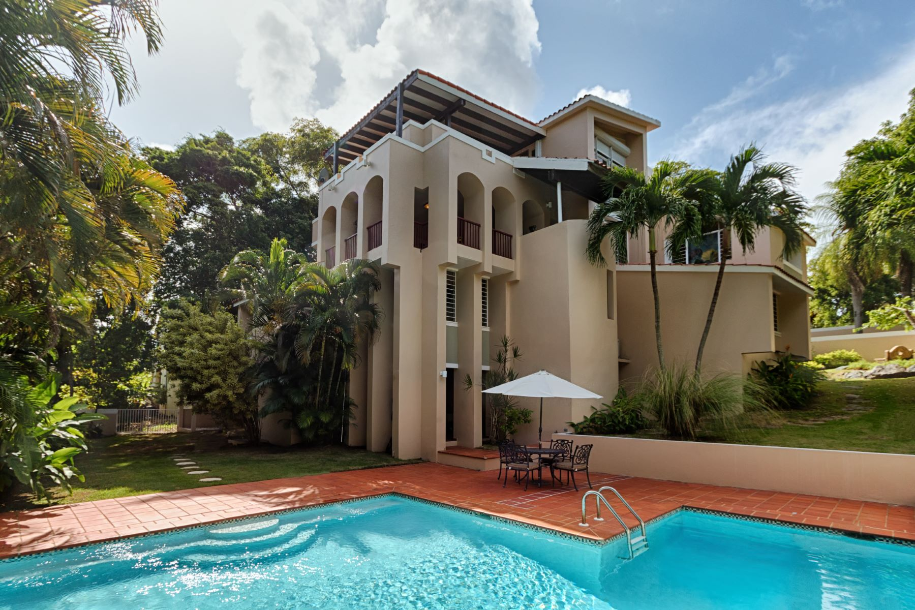 Casa Unifamiliar por un Venta en Desirable Living at Harbour View 47 Harbour View Palmas Del Mar, 00791 Puerto Rico