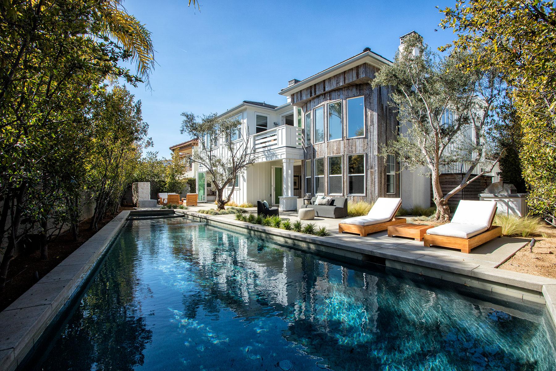 独户住宅 为 销售 在 19566 Mayfield 杭廷顿海滩, 加利福尼亚州, 92648 美国