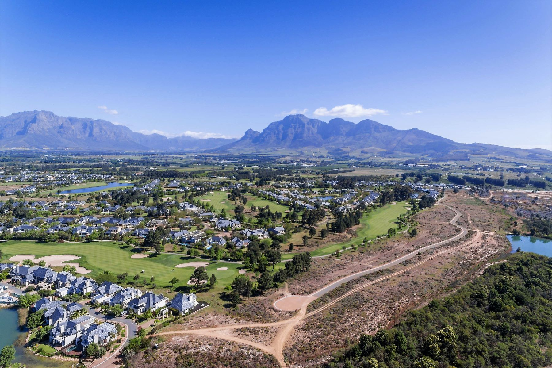 Земля для того Продажа на Parkland facing plot on Pearl Valley Paarl, Западно-Капская Провинция, 7646 Южная Африка