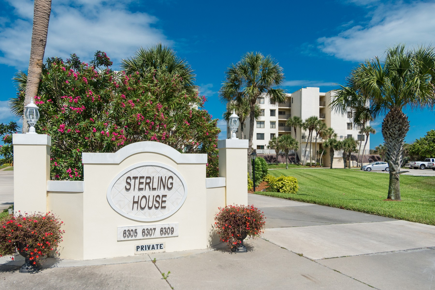 Condominiums for Rent at The Sterling House 6307 S Highway A1A Unit 233 Melbourne Beach, Florida 32951 United States