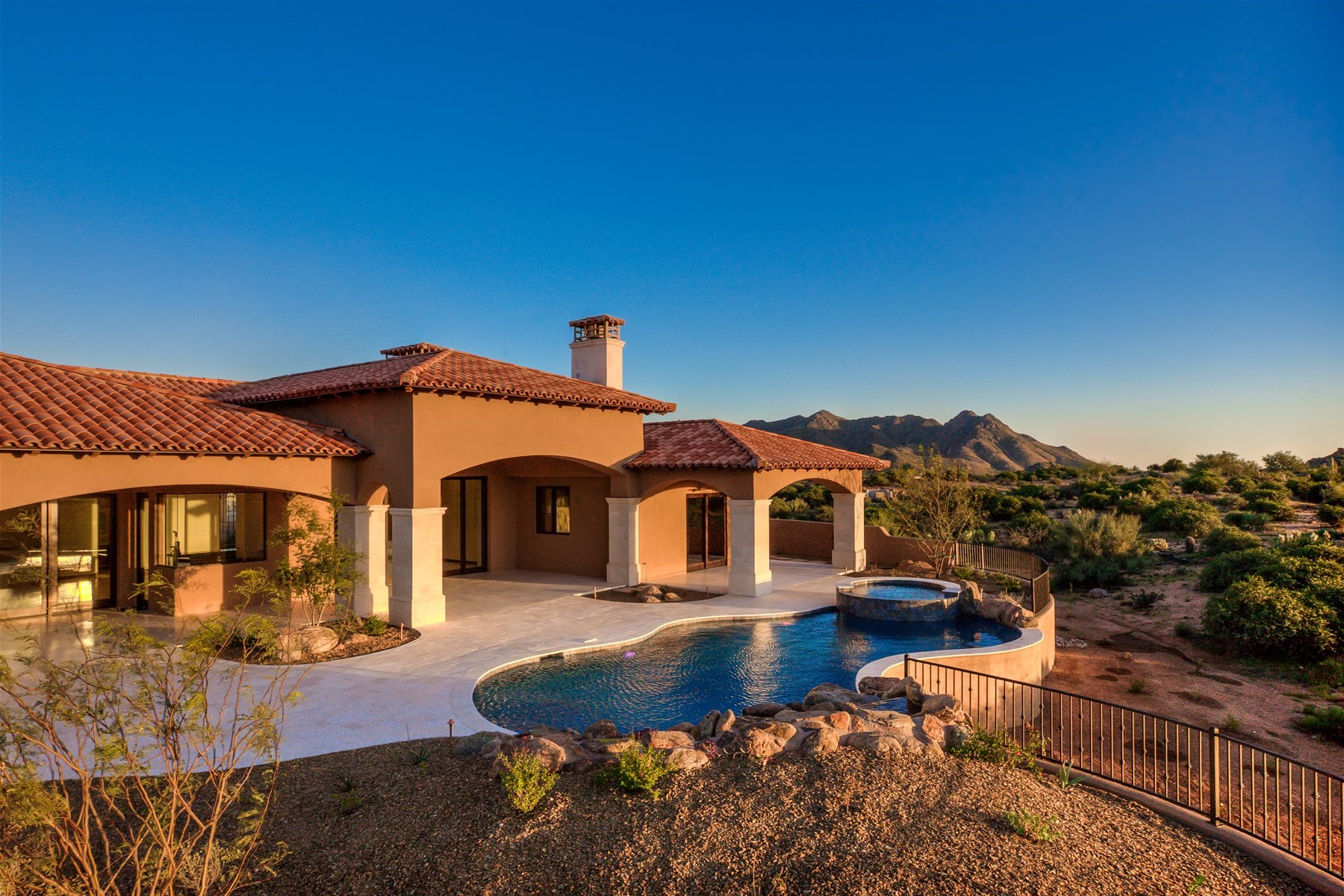 Einfamilienhaus für Verkauf beim Completed custom Scottsdale home in Collina E Vista 11704 E Diamond Cholla Dr Scottsdale, Arizona, 85255 Vereinigte Staaten