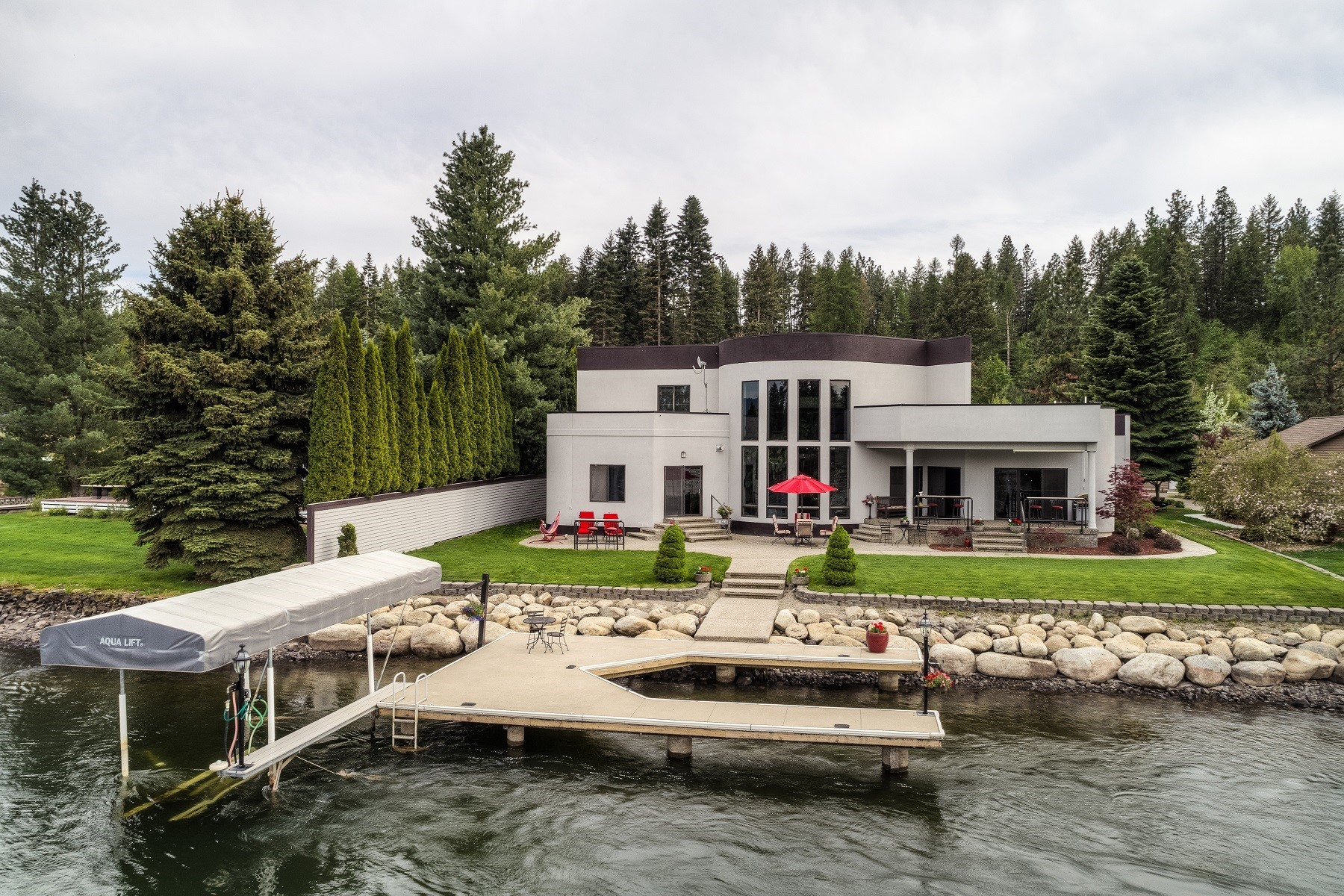 Single Family Homes for Sale at Hidden Island's Treasure 440 S Hidden Island Lane Coeur D Alene, Idaho 83814 United States
