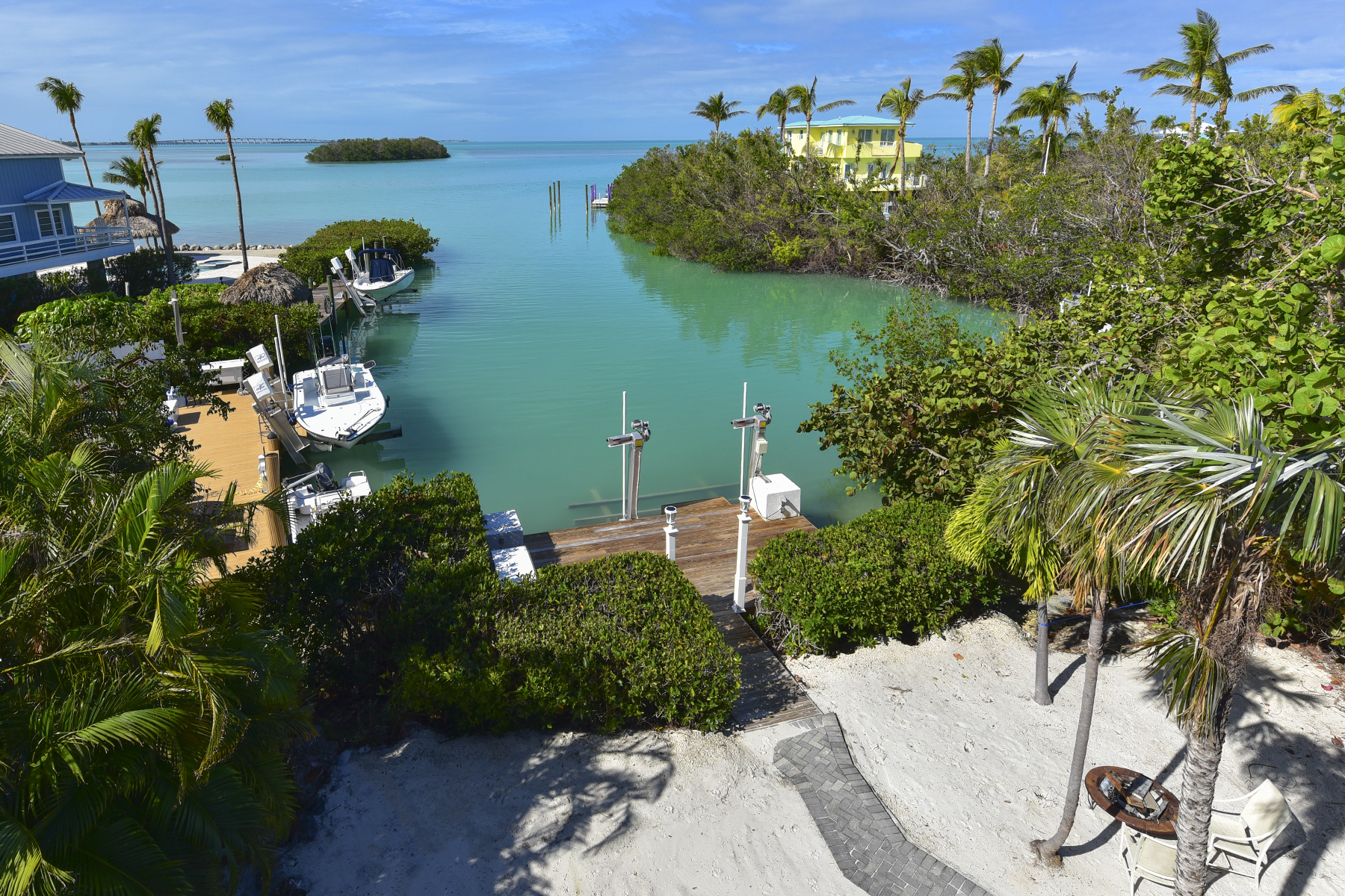 Single Family Home for Rent at Toll Gate Shores 315 Toll Gate Shores Drive Islamorada, Florida 33036 United States