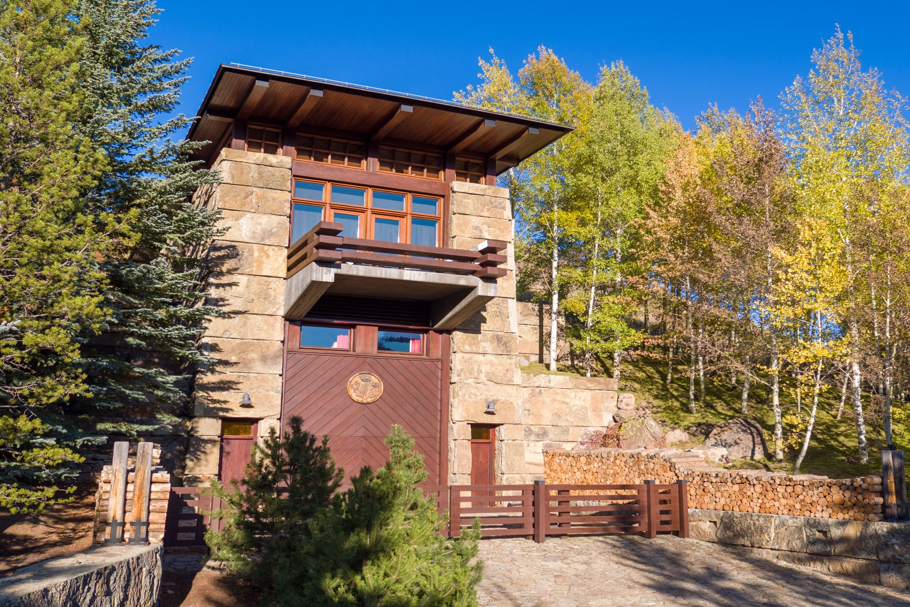 Single Family Homes for Sale at Iconic Knob Hill Residence 760 Walnut Ave Ketchum, Idaho 83340 United States