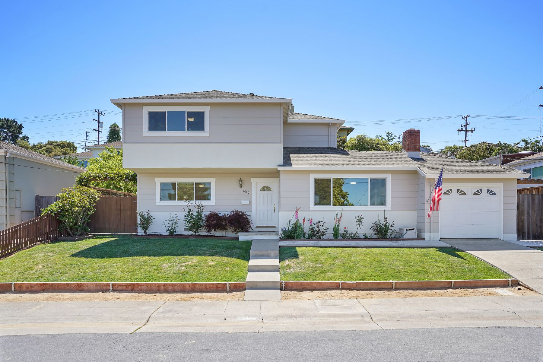 Single Family Homes for Active at Fabulous Home Located in One of San Mateo's Most Desirable Neighborhoods! 3010 Del Ray Street San Mateo, California 94403 United States