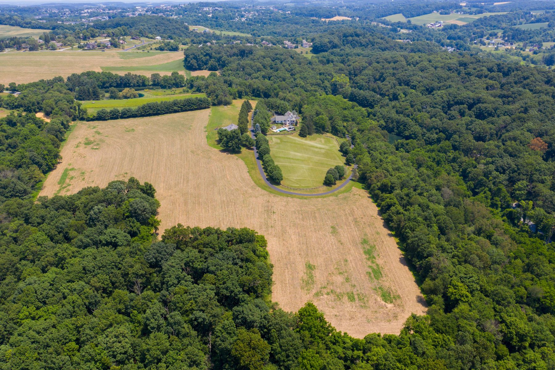 Ferme / Ranch / Plantation pour l Vente à Dallastown, Pennsylvanie 17313 États-Unis