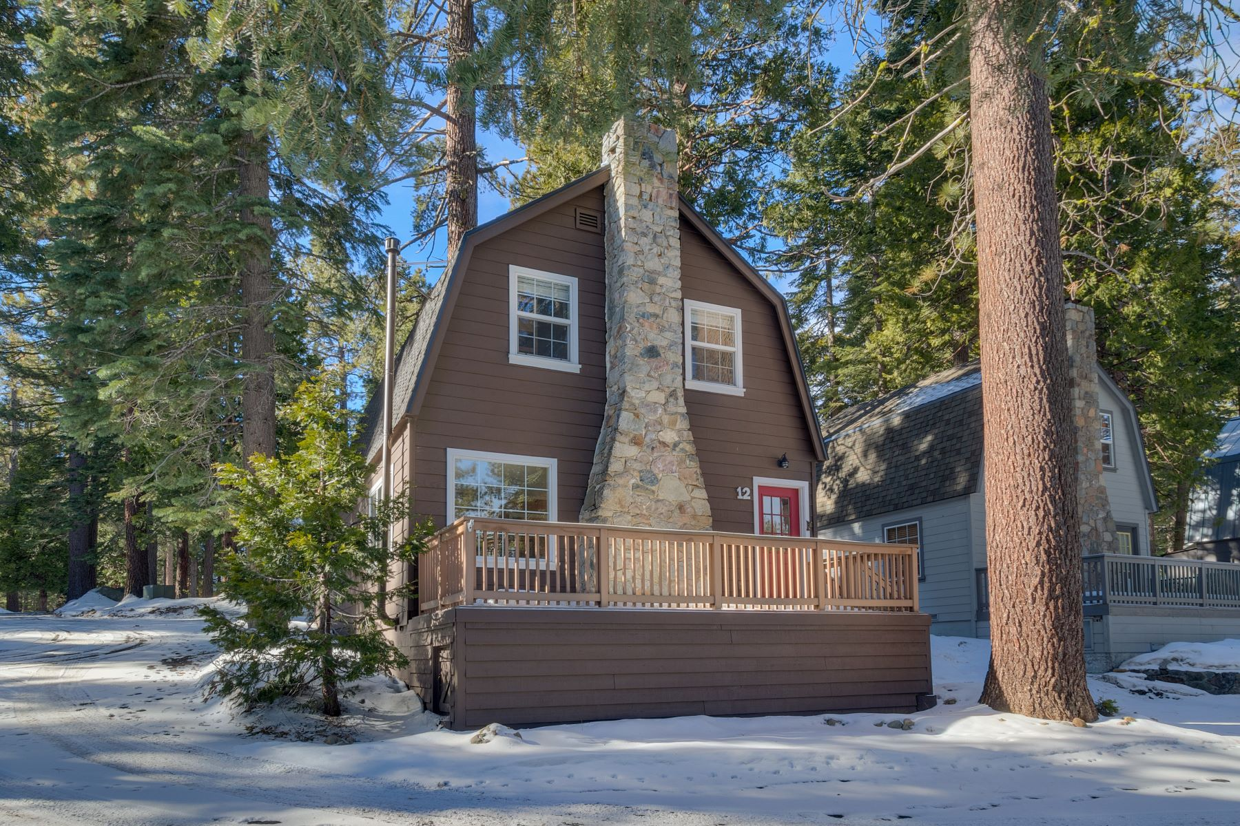 Single Family Homes for Sale at Stunning Sonoma Pines Cabin 7090 W. Lake Blvd #12 Tahoma, California 96142 United States