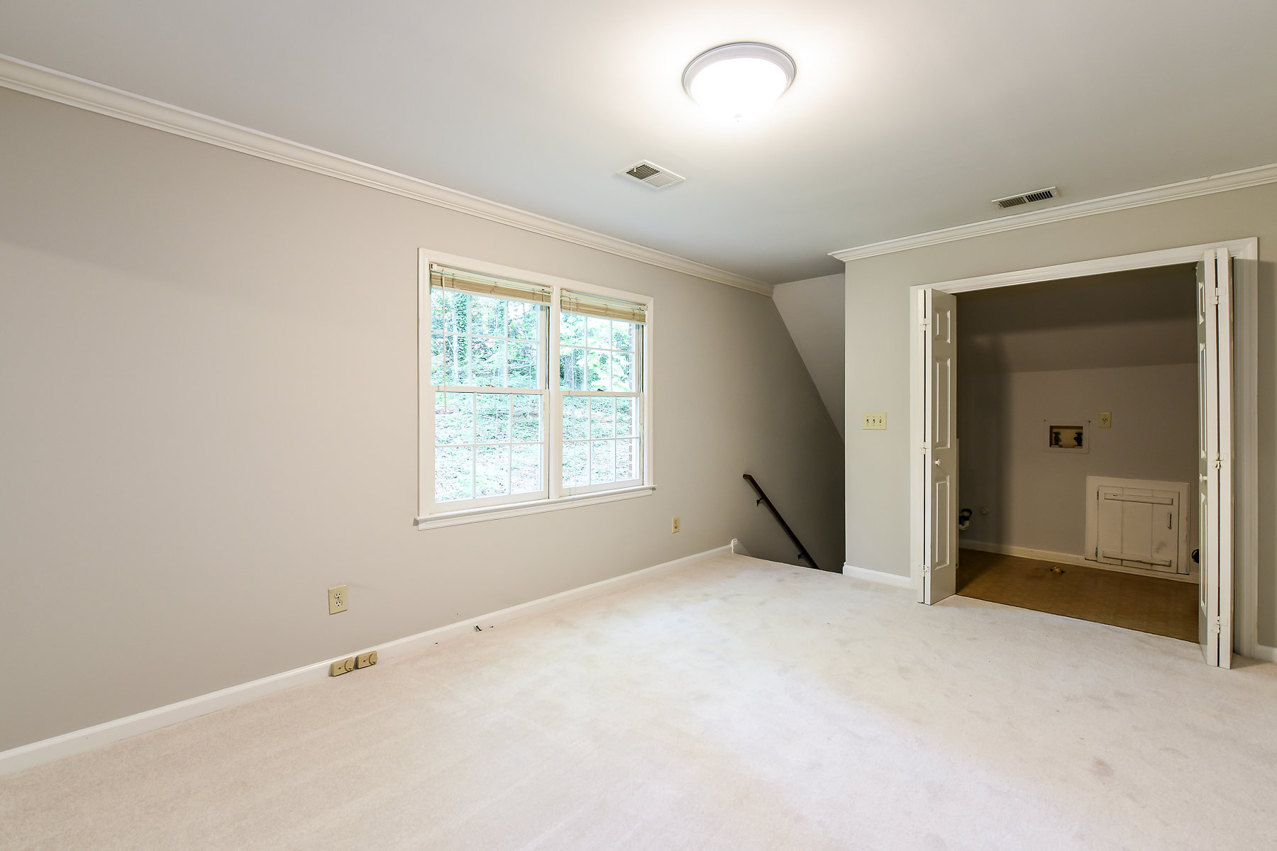 Additional photo for property listing at Live the Atlanta County Club Lifestyle 685 Willow Knoll Drive SE Marietta, Georgia 30067 United States